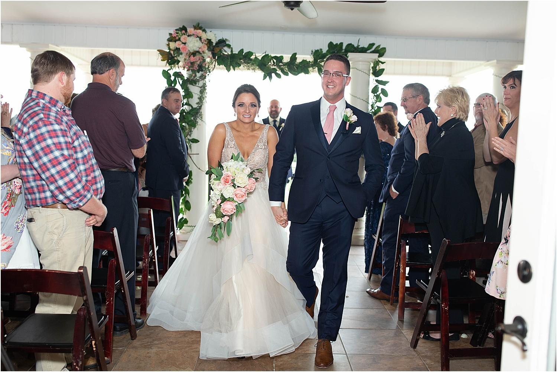 nicole and craig say I do at crossykey vineyards va maryn graves productions wedding photography