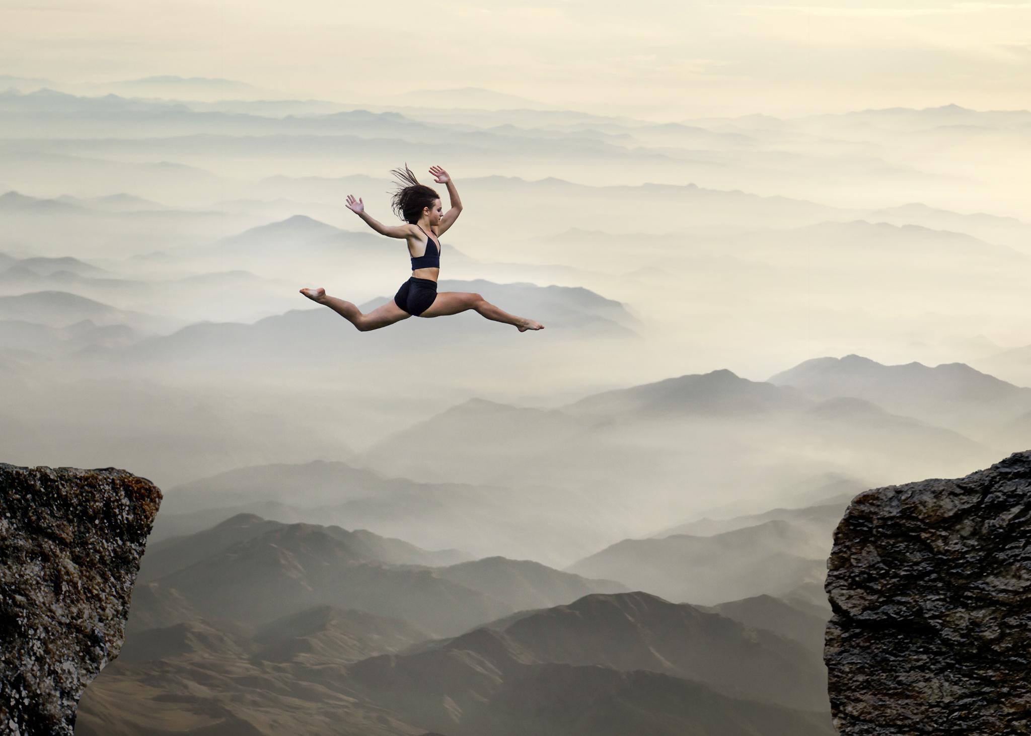 selma leap two cliffs sm.jpg
