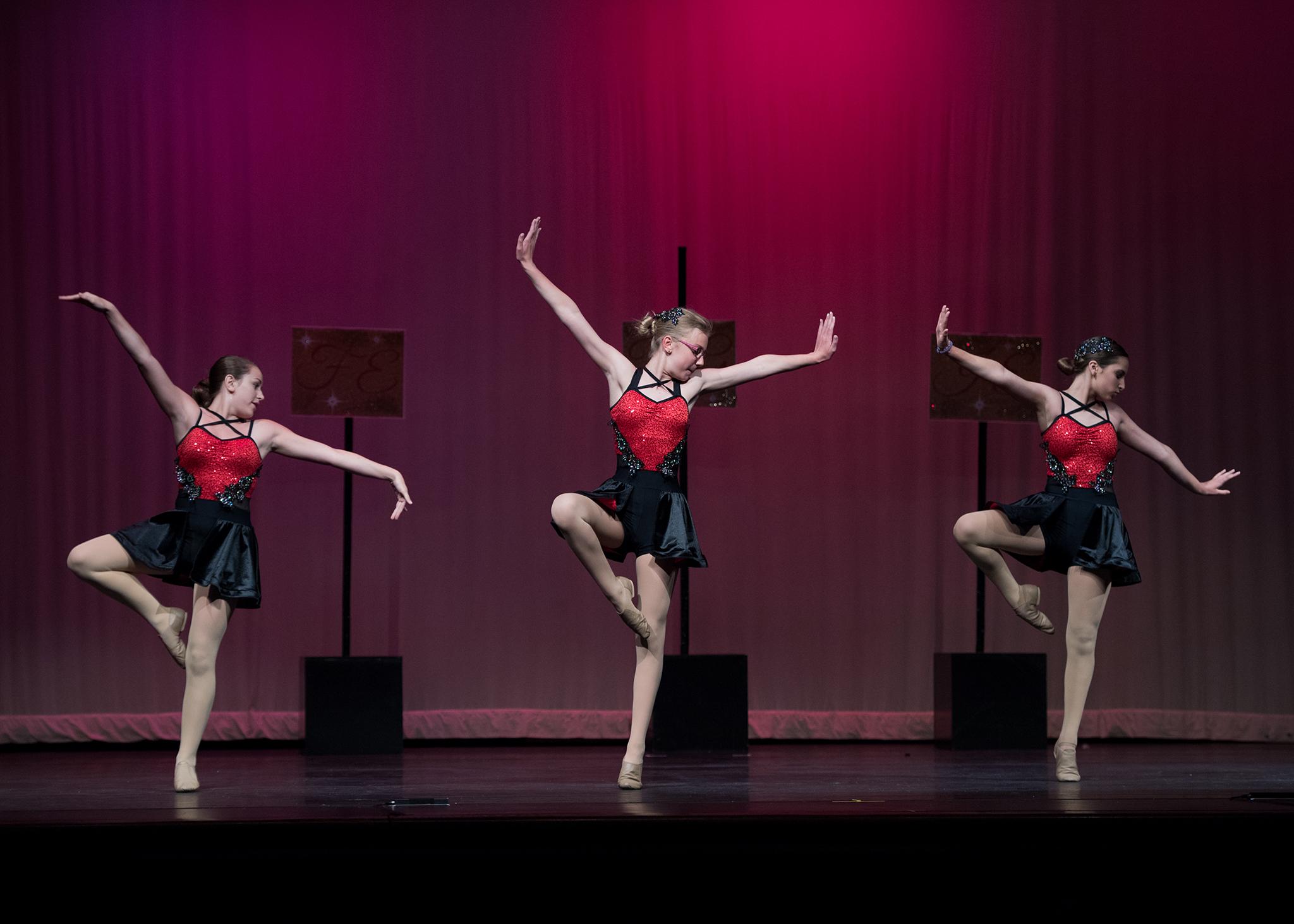 dance17_RM5_9322_sm.jpg
