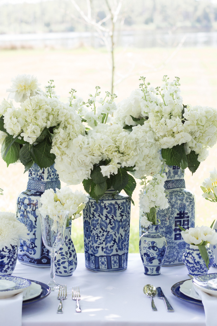Blue and White Ginger Jar Wedding, Photo by Emily Ann Photography