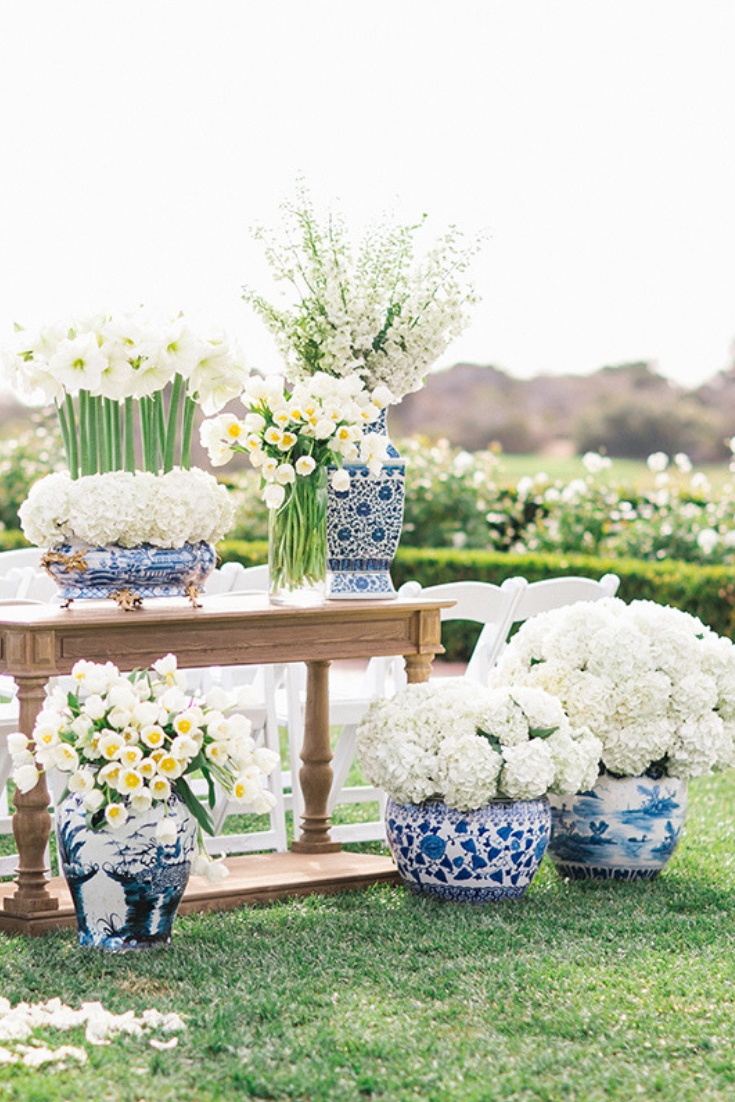 Florals by Bloom Box. Photo by The Grovers