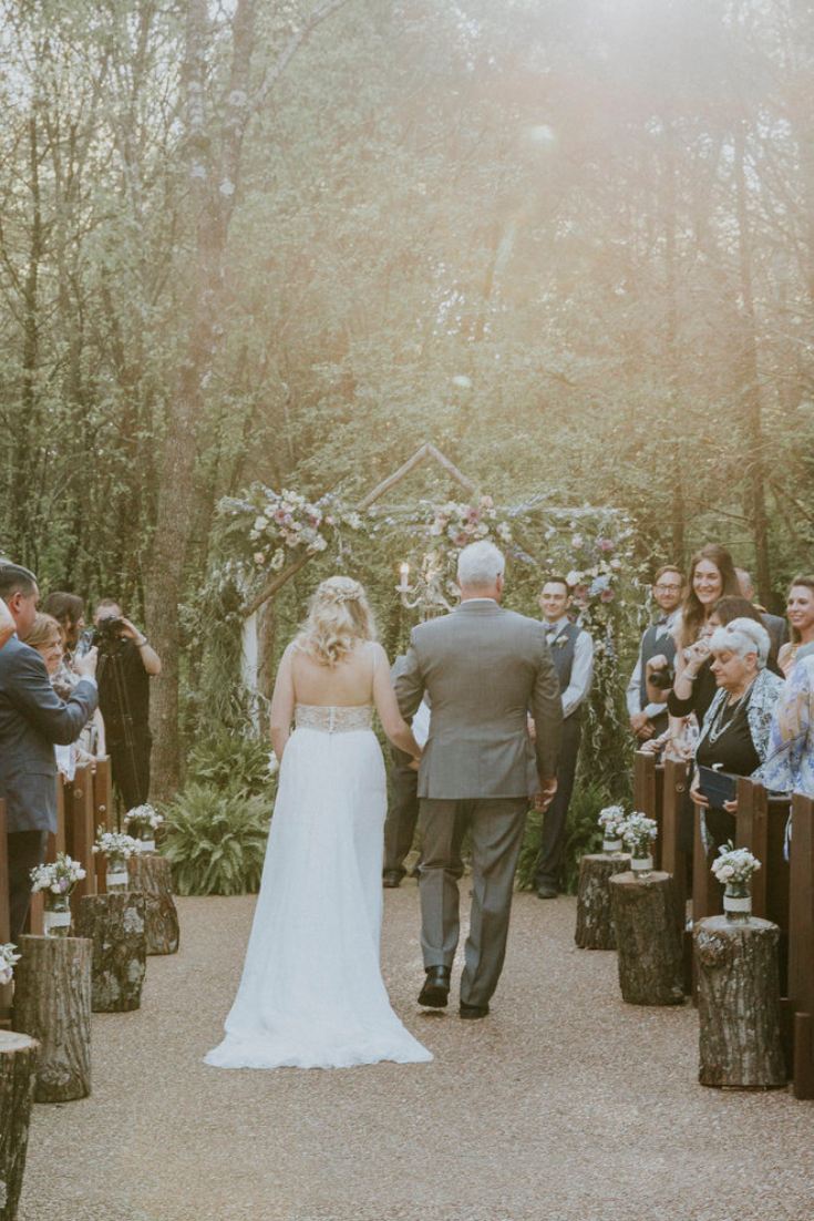 Woodsy outdoor wedding at Drakewood Farm outside Nashville, Tenn. Photo by Alexis Mostaccio Photography.