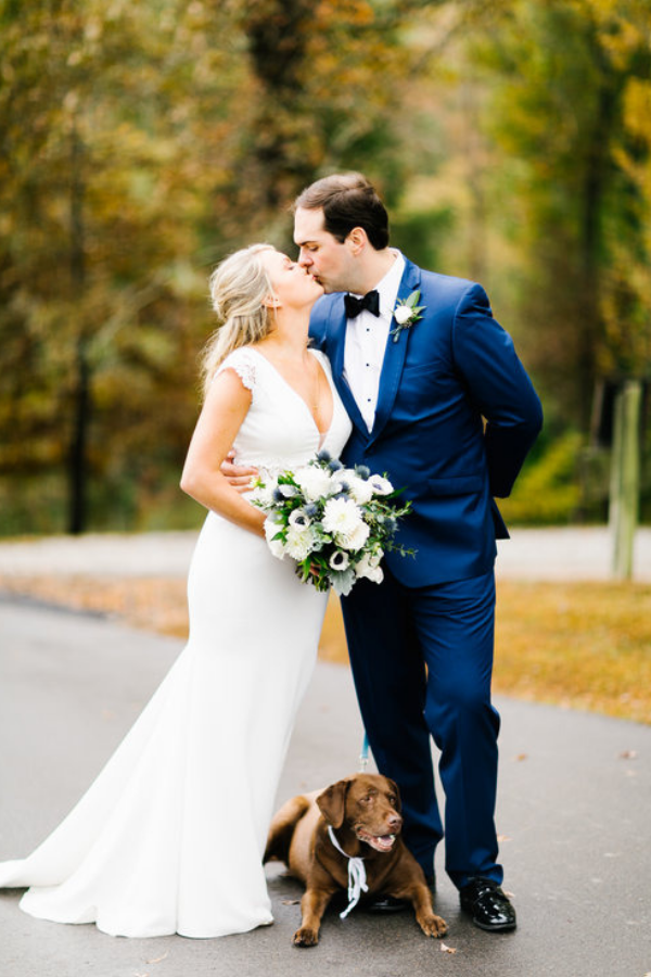 Gorgeous Nashville wedding at Front Porch Farms. Photo by Feiten Photography.