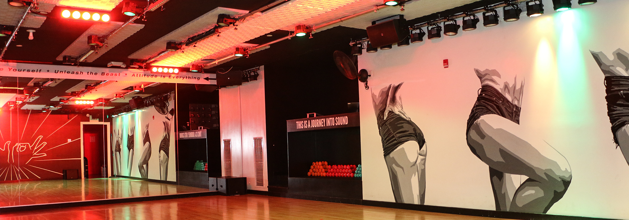 305 Fitness NYC fun workout studio space