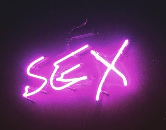 sex neon light