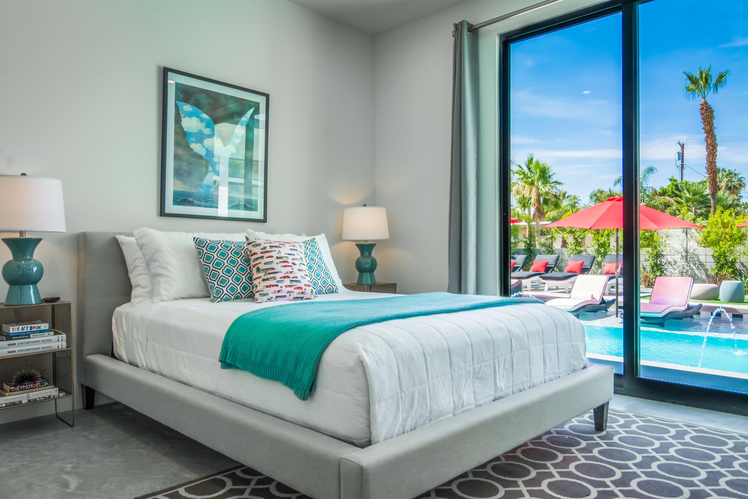 Estate-33-Palm-Springs-Pool-Front-Bedroom