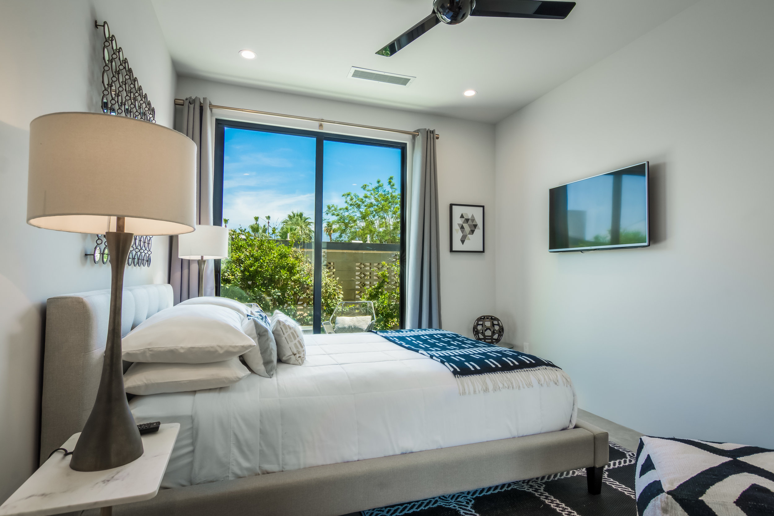 Palm-Springs-6-Bedroom-Dream-Modern-Architectural-Home