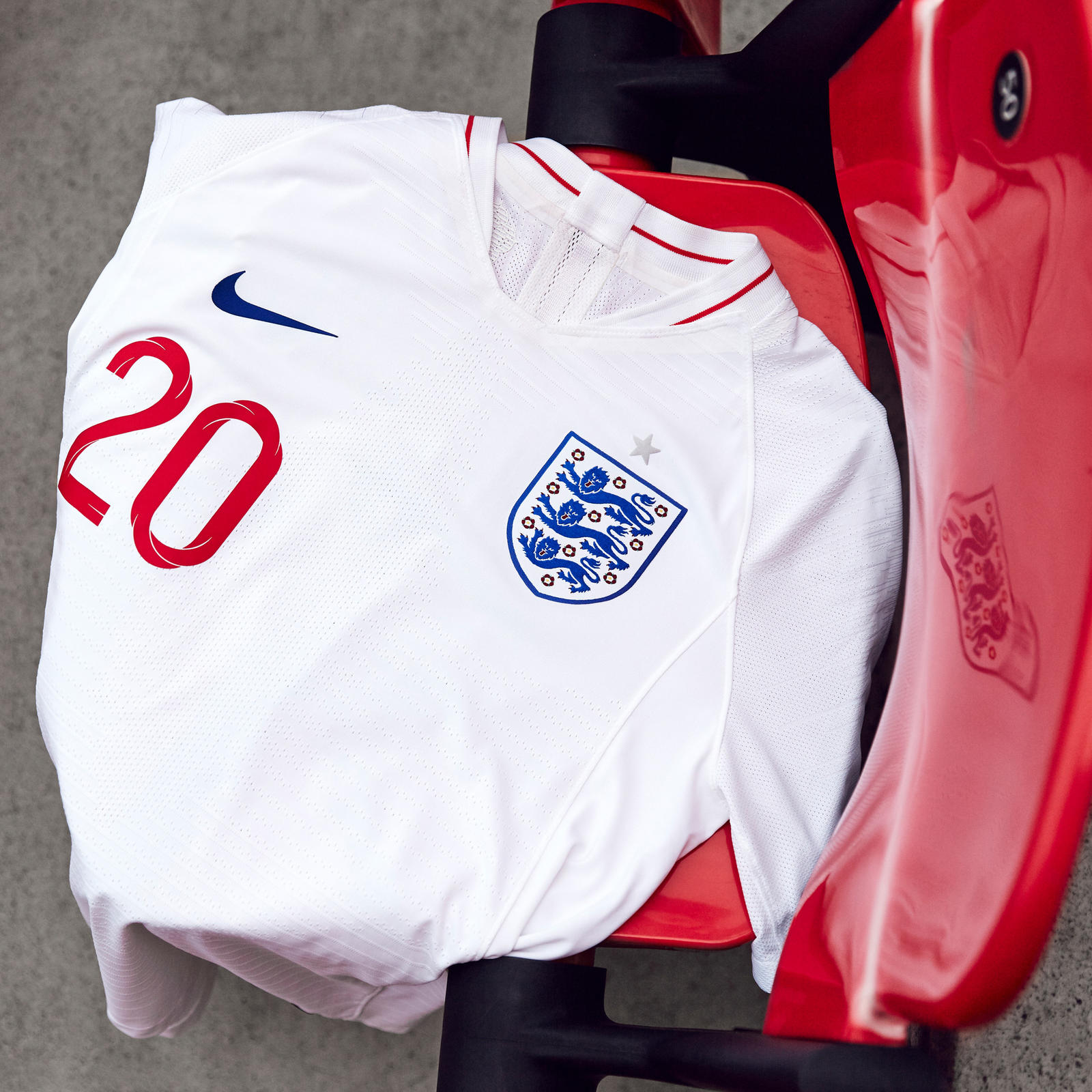 Nike-News-Football-Soccer-England-National-Team-Kit-9_square_1600.JPG