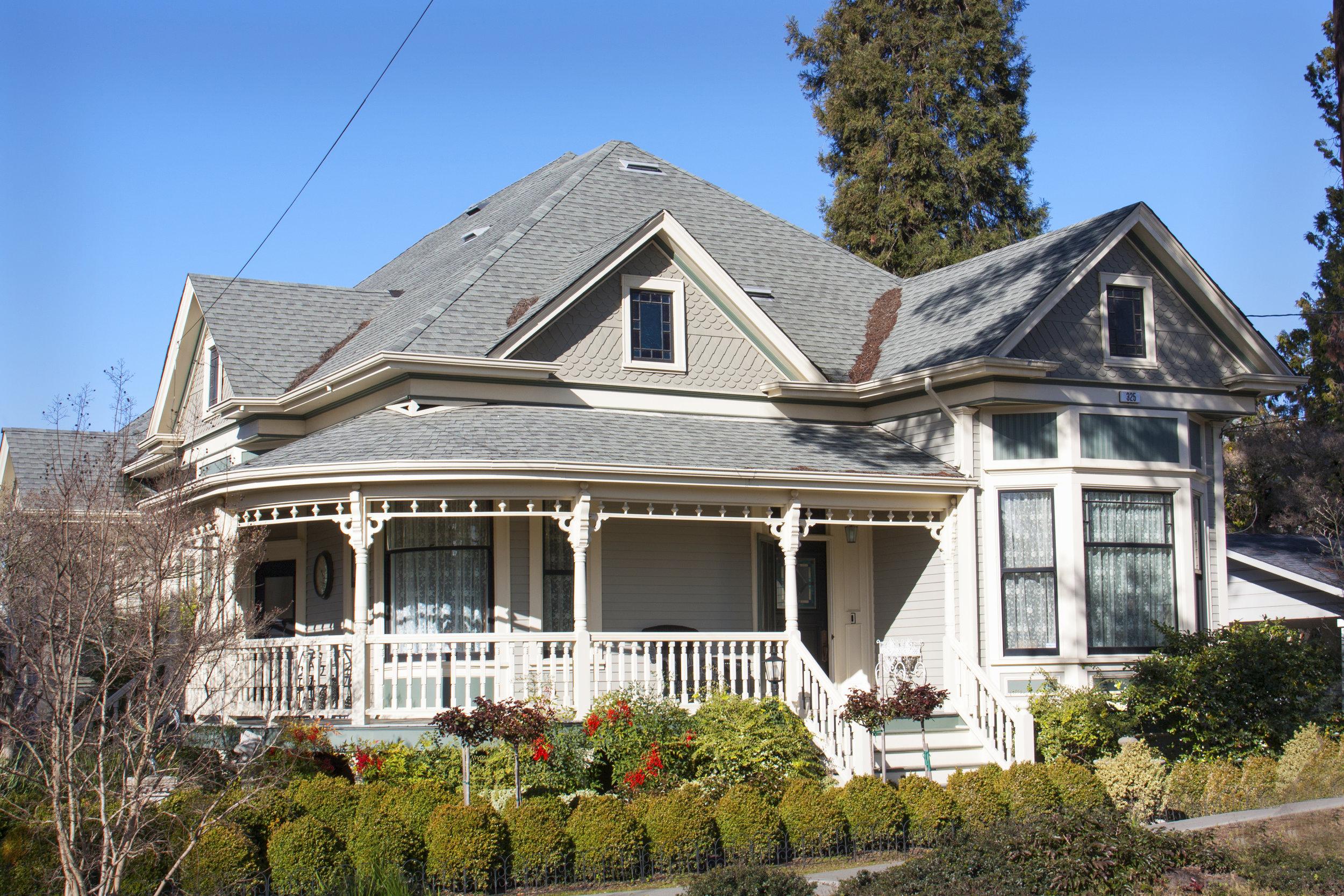 2018-1903 Queen Anne Cottage.jpg