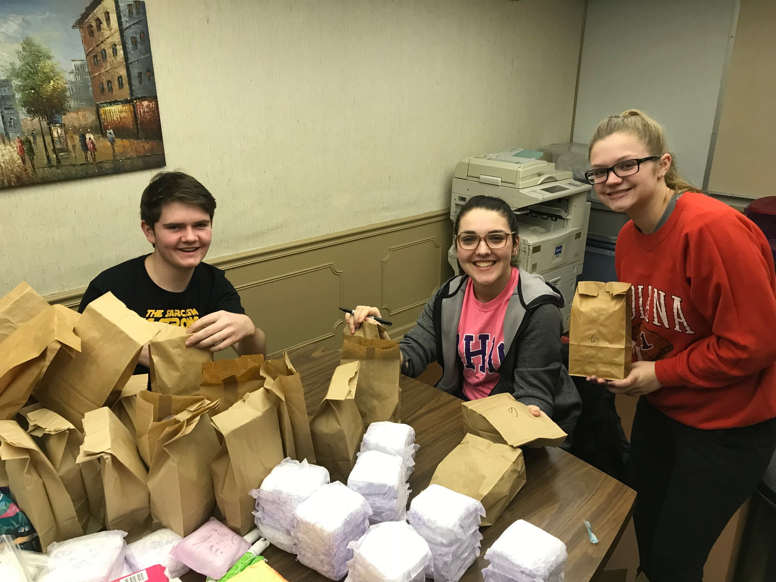 Magnified Giving program teaches student philanthropy  |Magnified Giving