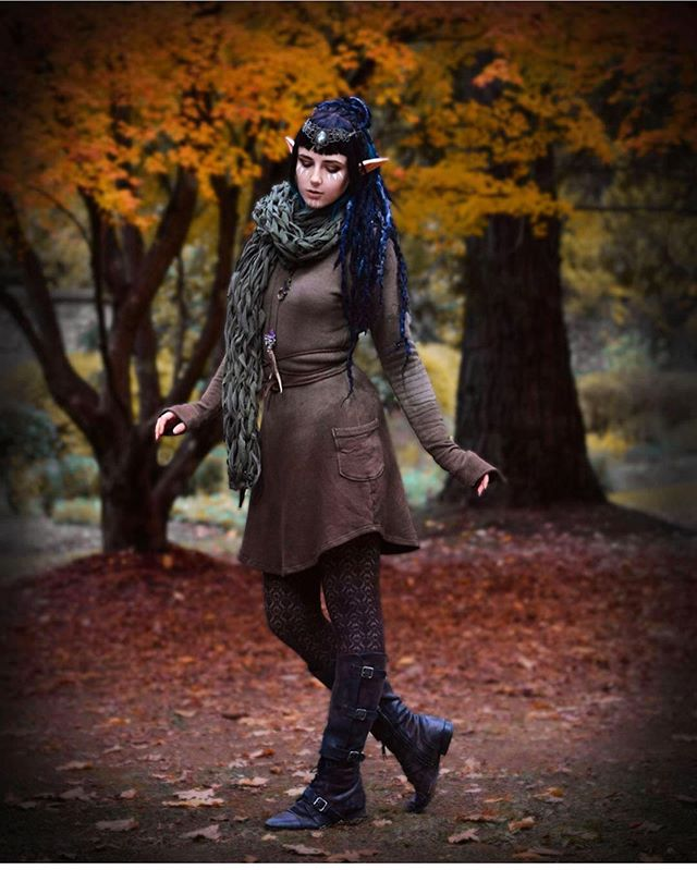 It's been unusually hot in Michigan this summer and while I am determined to still enjoy the rest of the season, I'm definitely looking forward to those nice cool fall days and scenery.  Beautiful @catinawitchhat in her Nara dress, beautiful scarf by @lilithalyss.  Incredible photography by @catinawitchhat. 🦉🌹🖤 . . . . . . . #ilovefall #sweaterdress #pocketdress #imadeyourclothes #slowfashion #slowfashionrevolution #supportsmallbusiness #madeinmichigan #craftclothing #independentdesigner