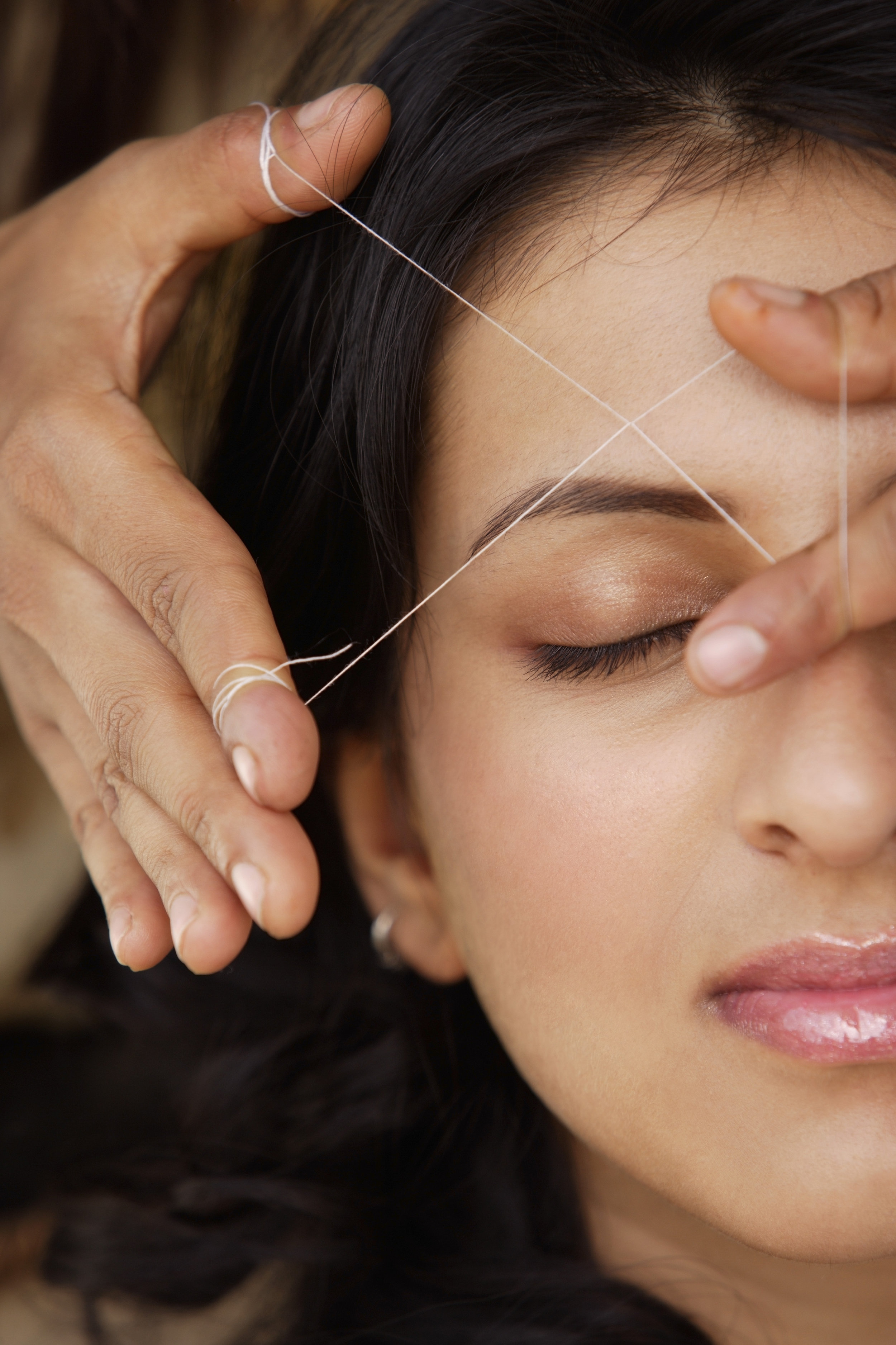 eyebrow threading3.jpg
