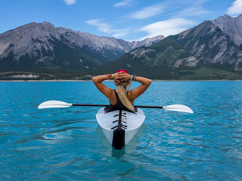 kayak_back.jpg