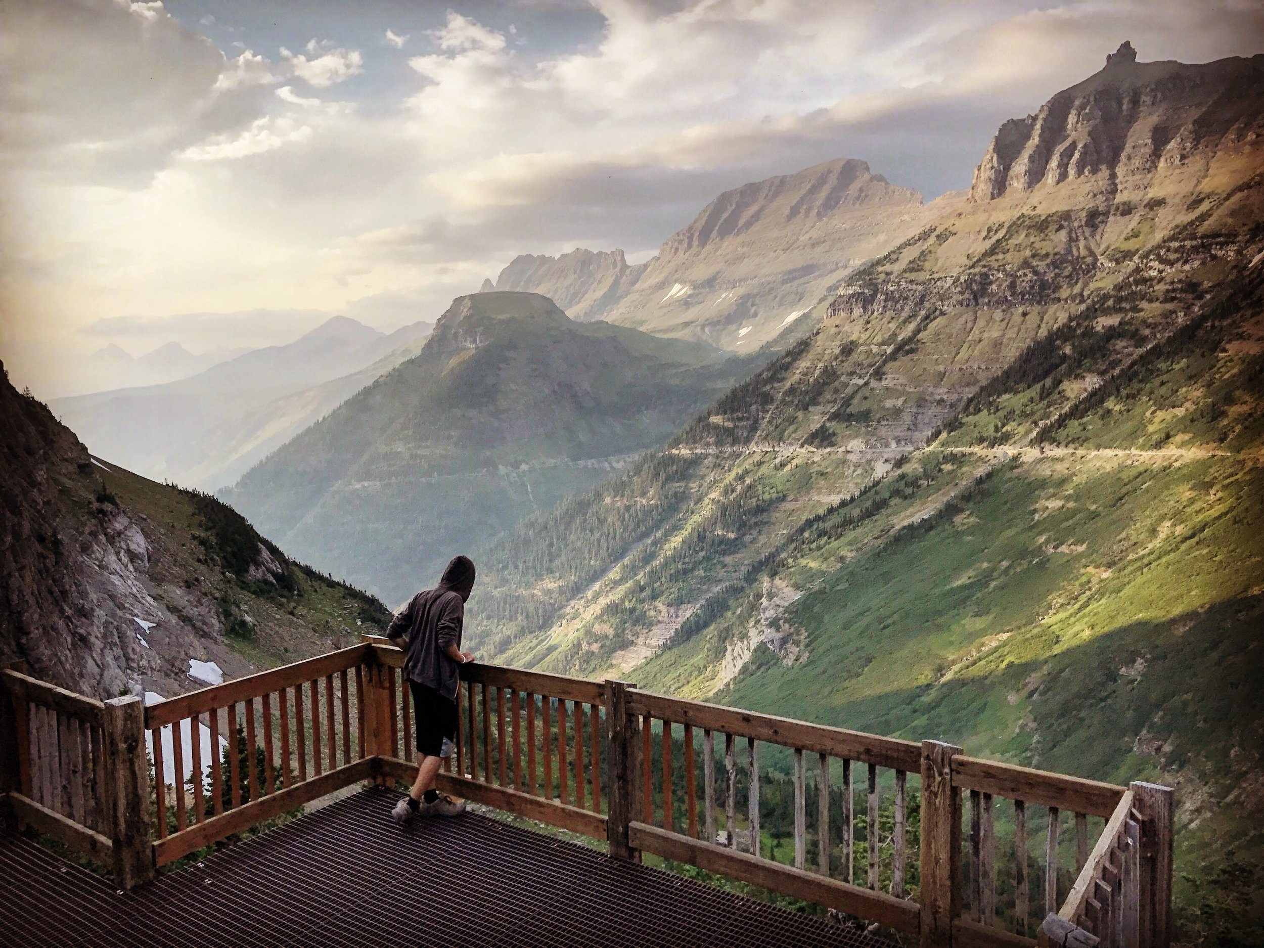At any point along Going-To-The-Sun Road, you can have amazing mountain views!