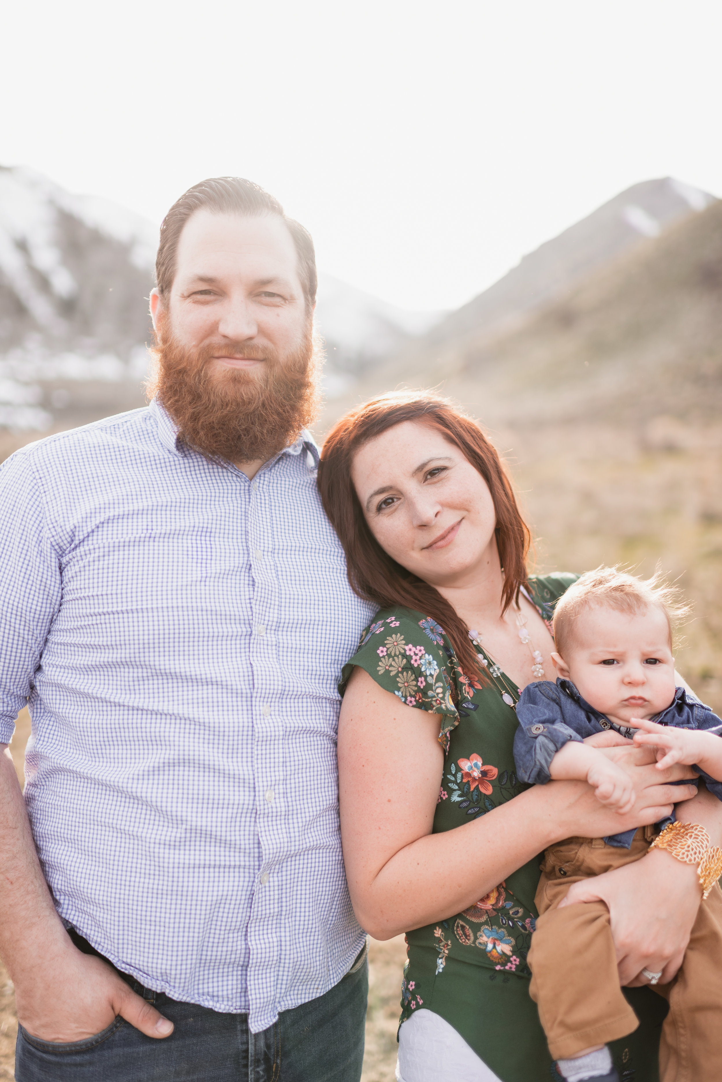 Family photographer in wenatchee, chelan, and the methow valley