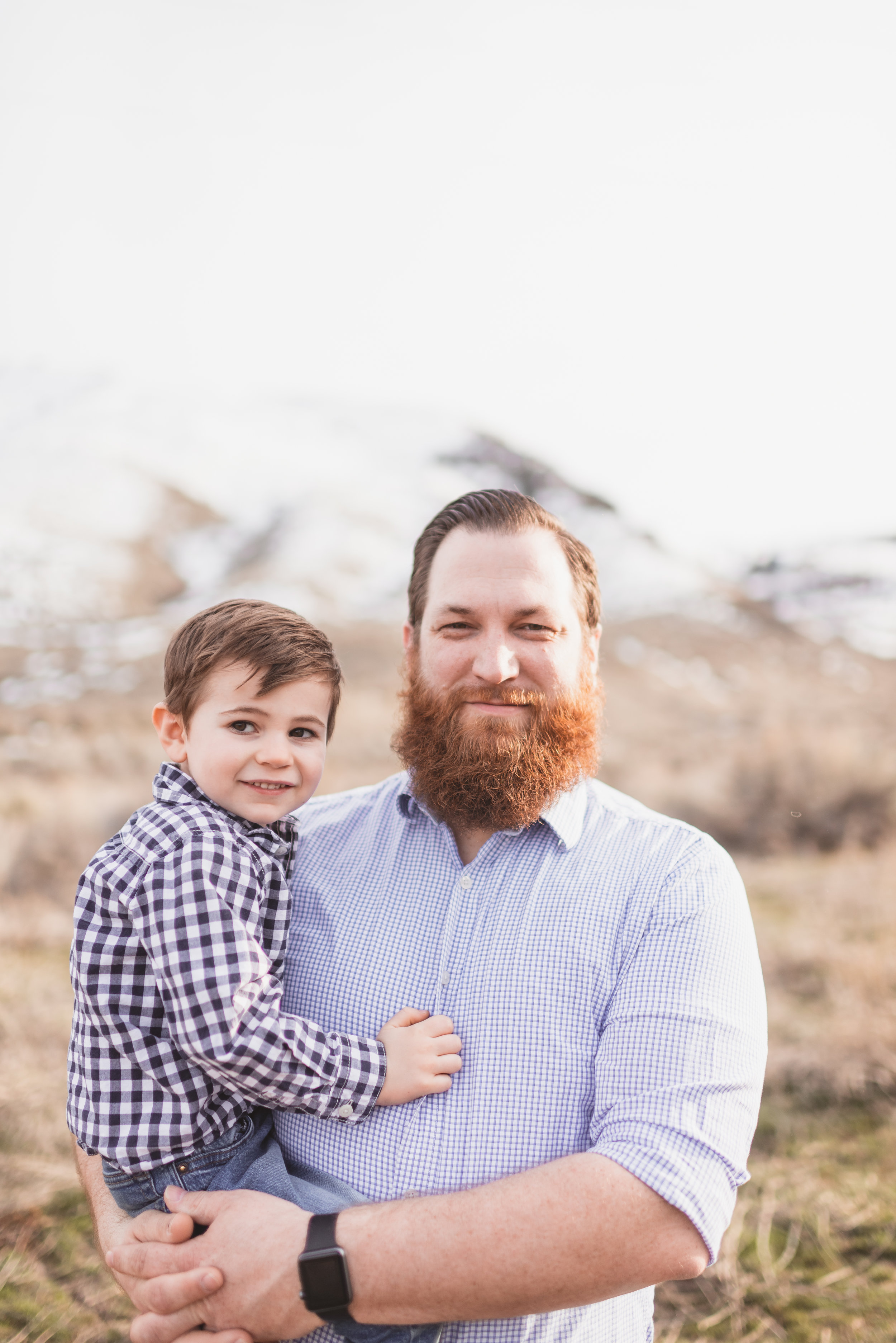 family photographer in chelan washington