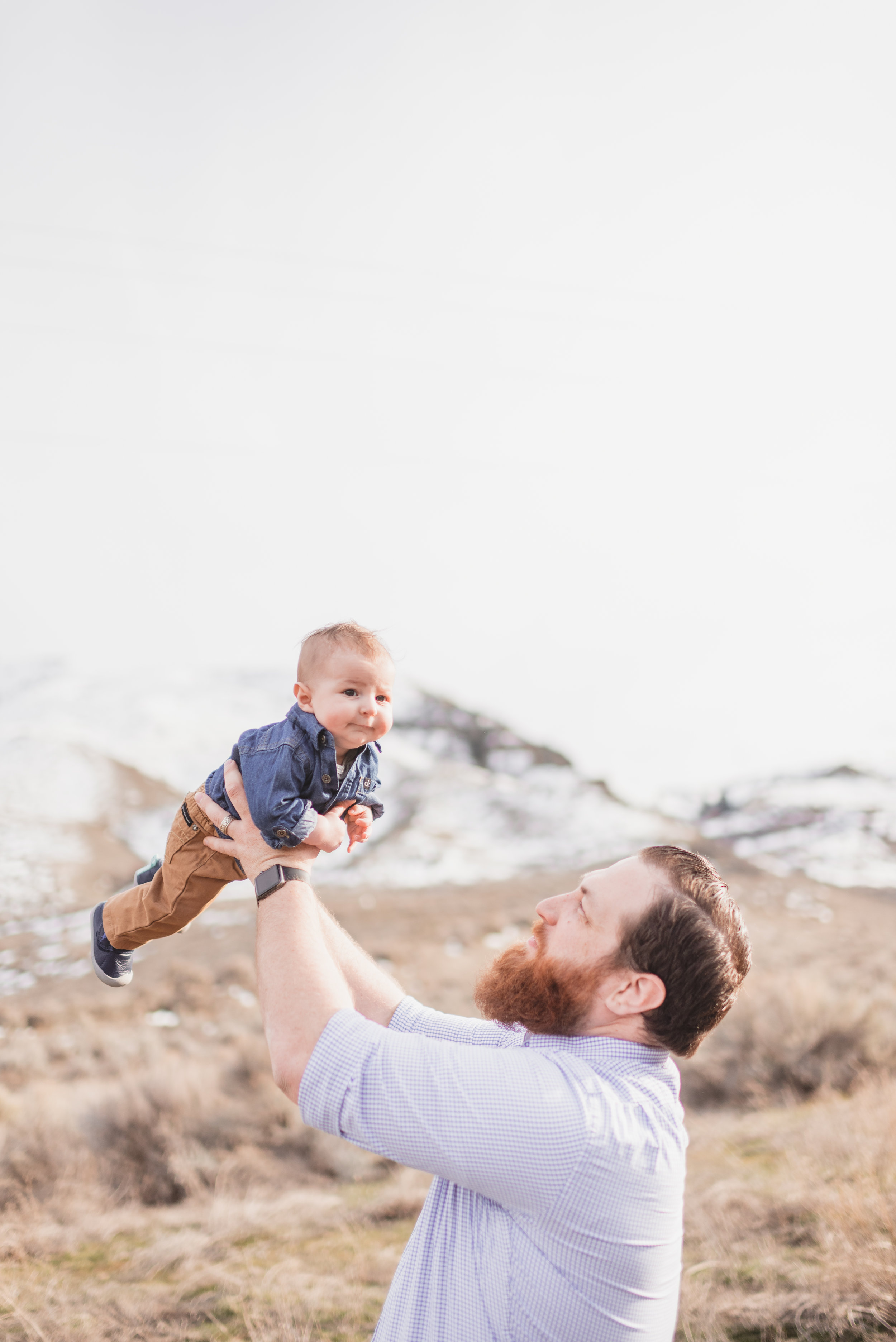 fun family portrait photography chelan washington
