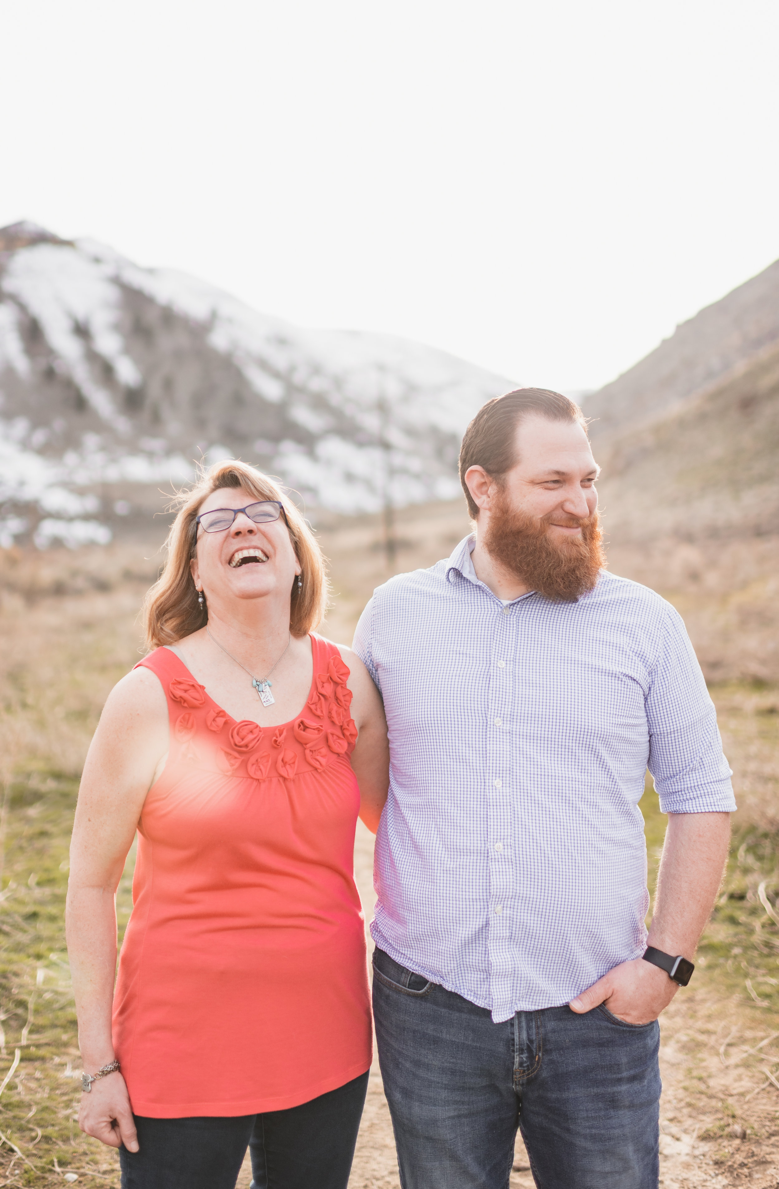 affordable family photographer in wenatchee or chelan