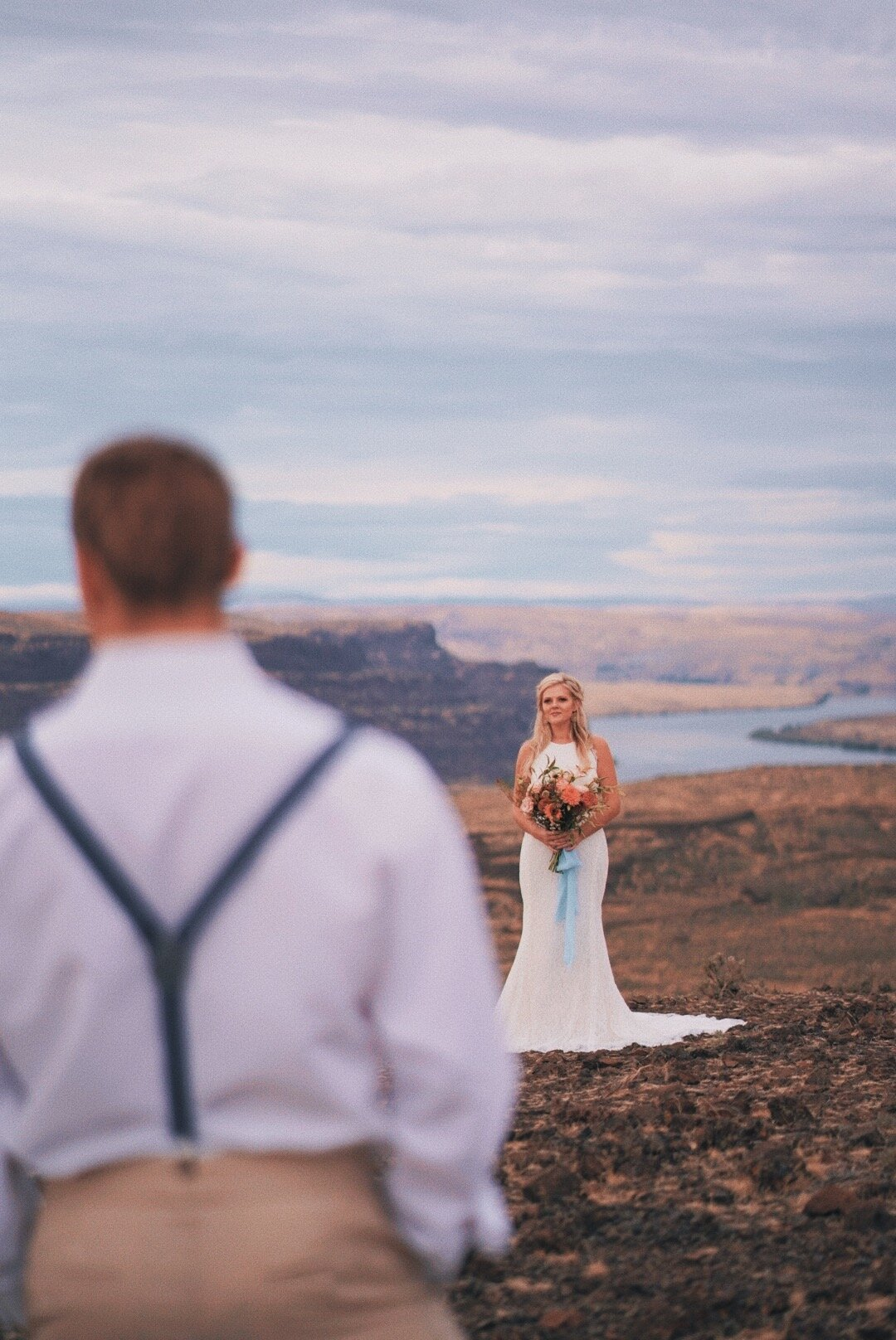 Wedding Photographer in Chelan Washington - Wenatchee Wedding Photographer
