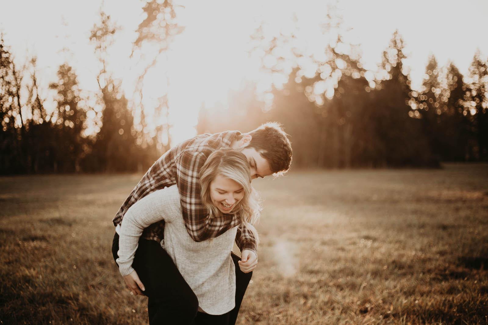kayla-tallon-jamiecarle-couples-session-portland-9730.jpg