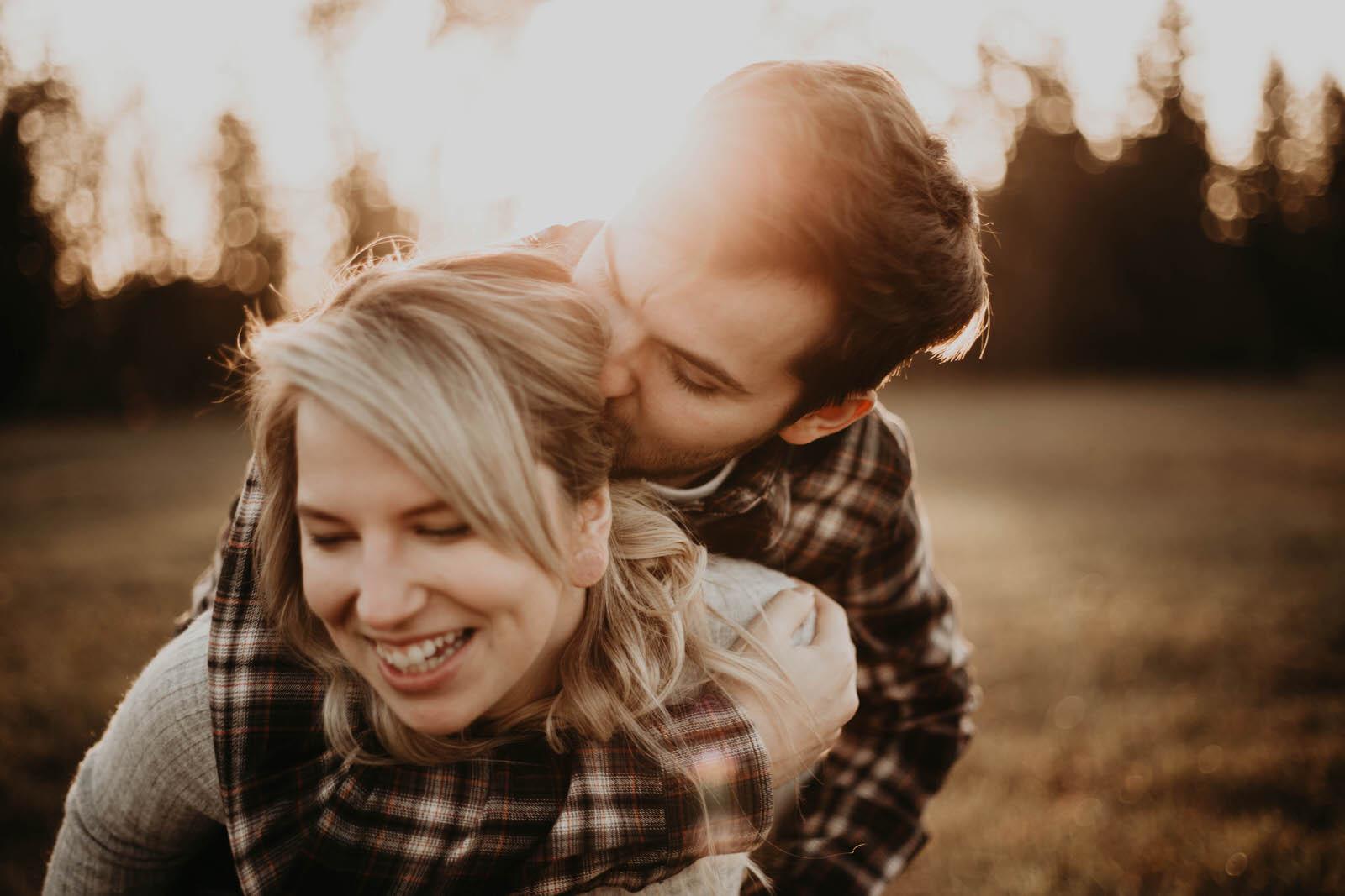 kayla-tallon-jamiecarle-couples-session-portland-9740.jpg