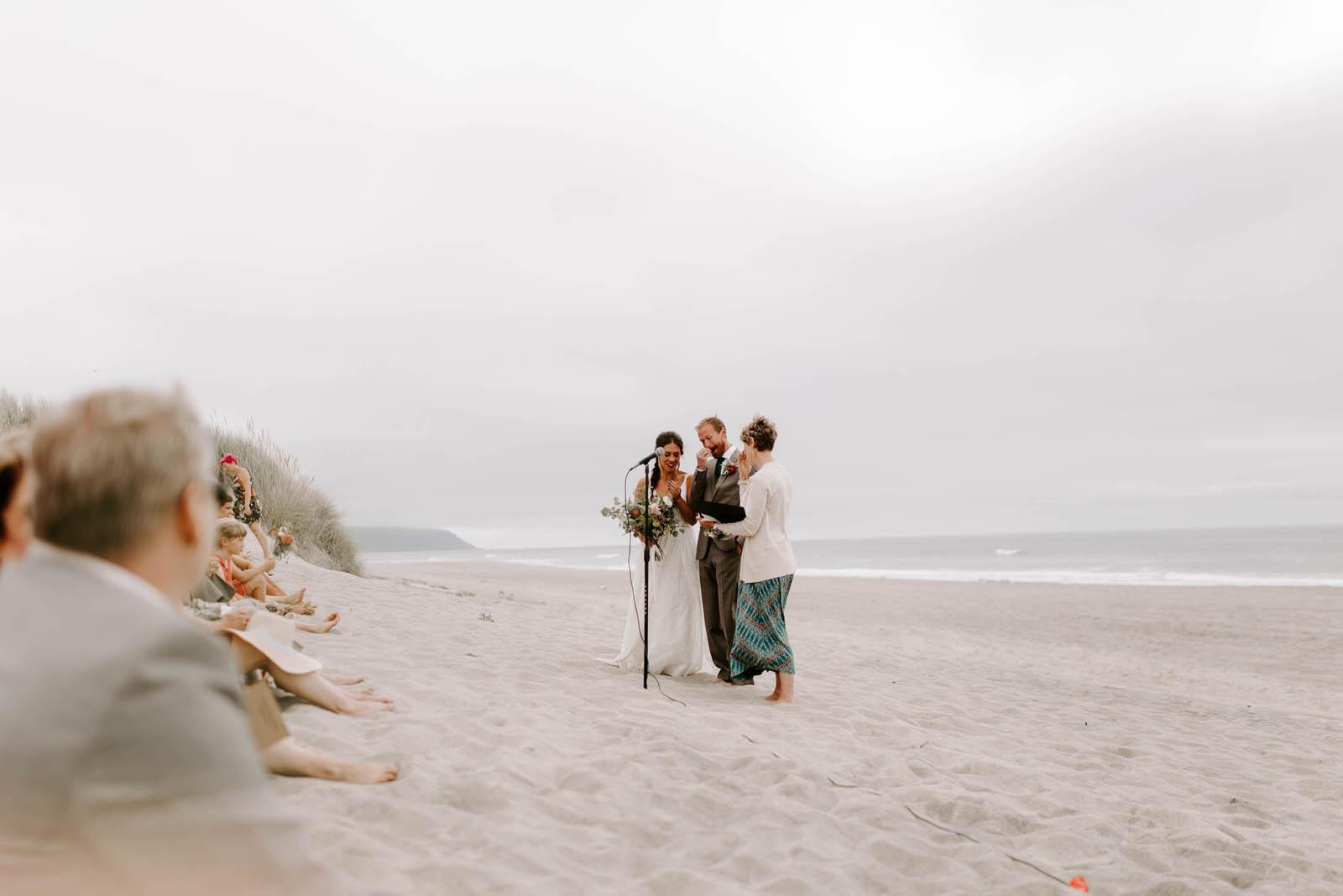 coast-wedding-oregon-pacific-city-jamiecarle-6228.jpg