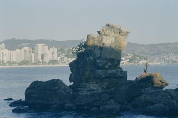 The  Rock of the Indian  in Icaraí beach, Niterói, Brazil (Photo by Douglas Barros)