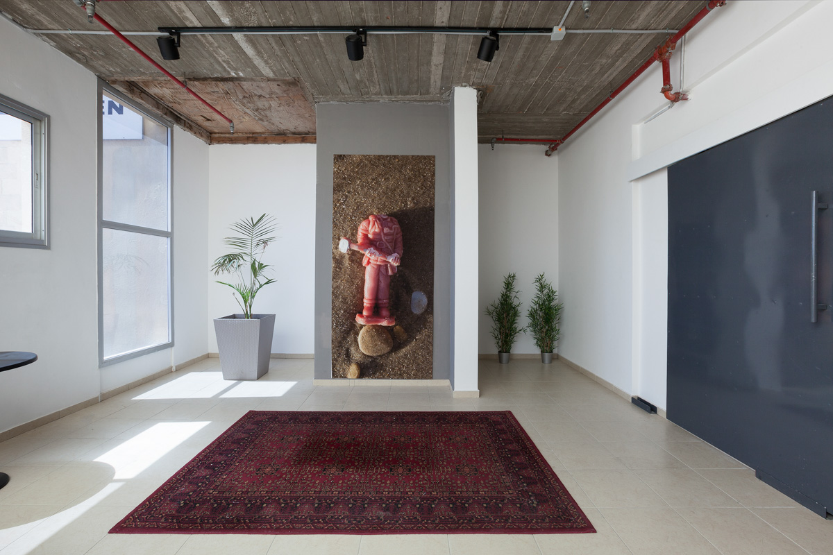Tami Suez_ ZUZU Gallery_View 03 copy.jpg