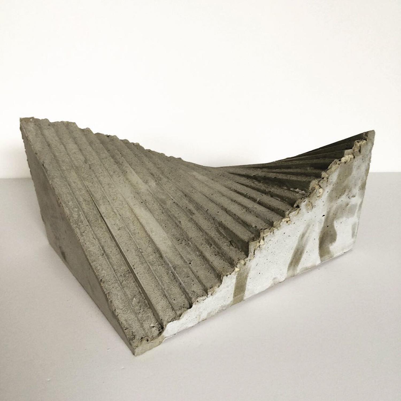 שרון פזנר, hyperbolic paraboloid, יציקת בטון, 2019