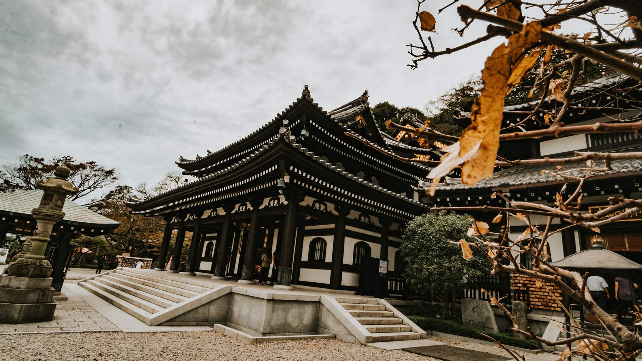 Best-places-to-go-in-kamakura-on-a-budget-polywander-hasedara