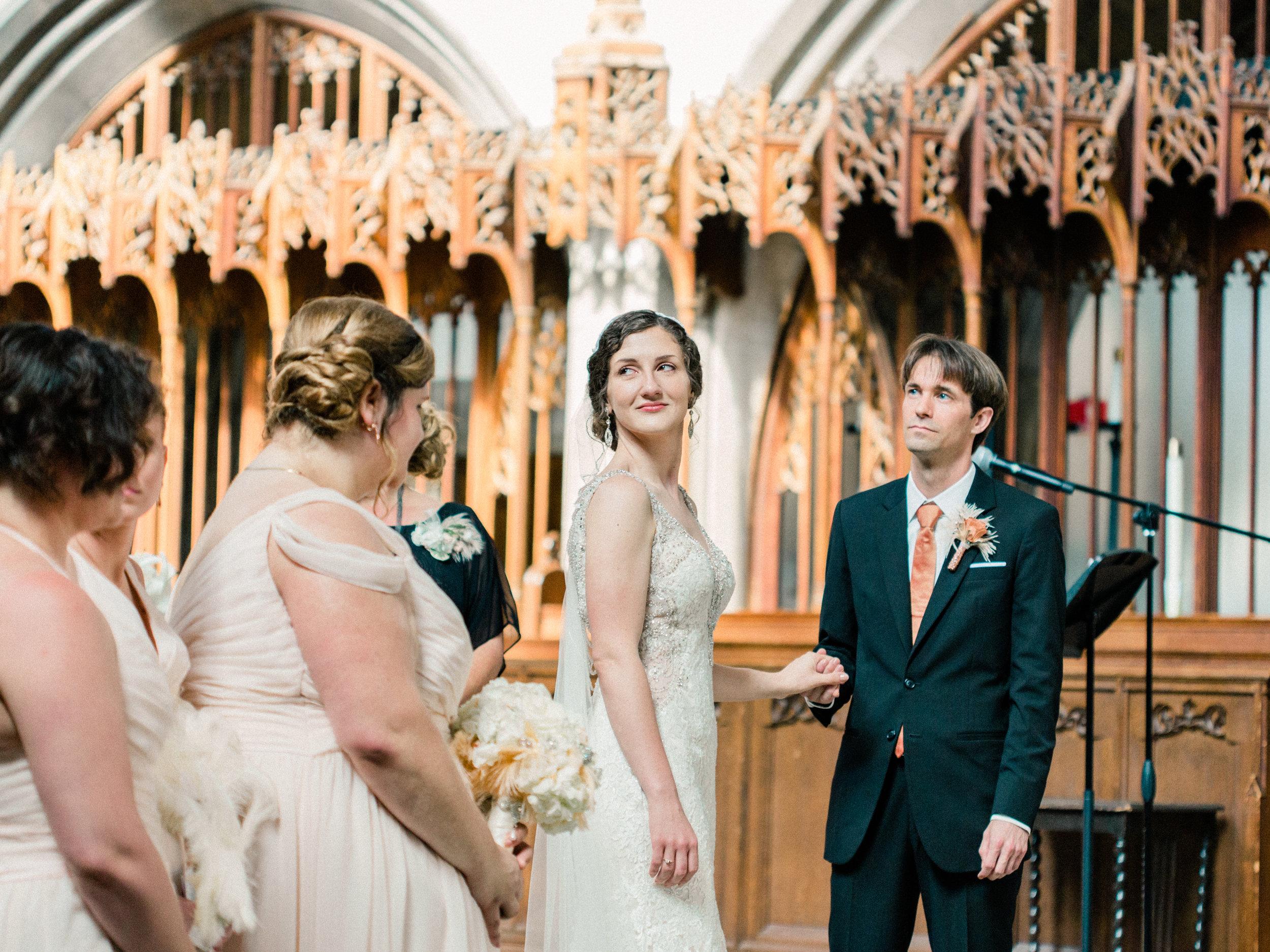 Dorothy_Louise_Photography_University_of_Chicago_Chapel_Wedding-23.jpg