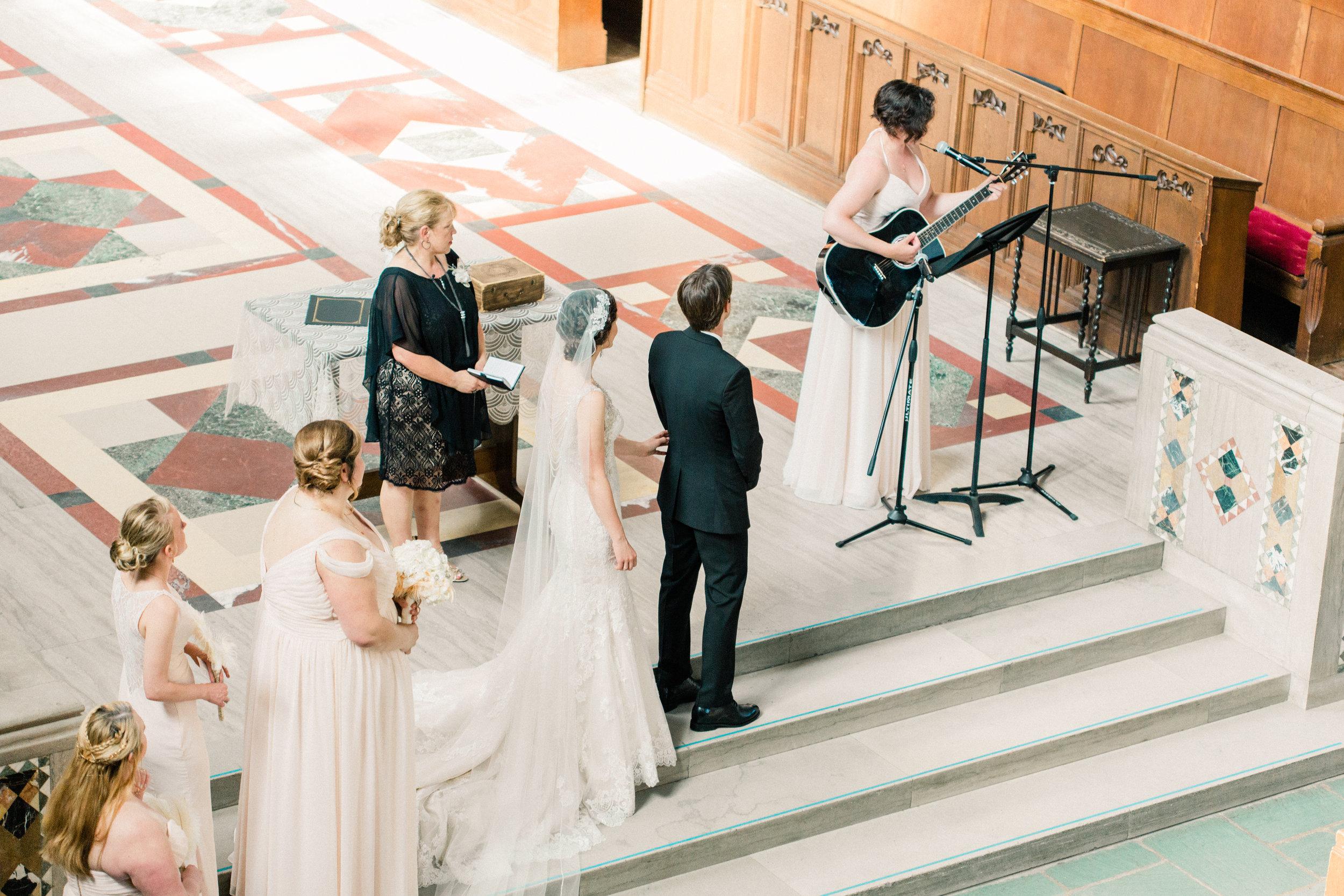 Dorothy_Louise_Photography_University_of_Chicago_Chapel_Wedding-24.jpg