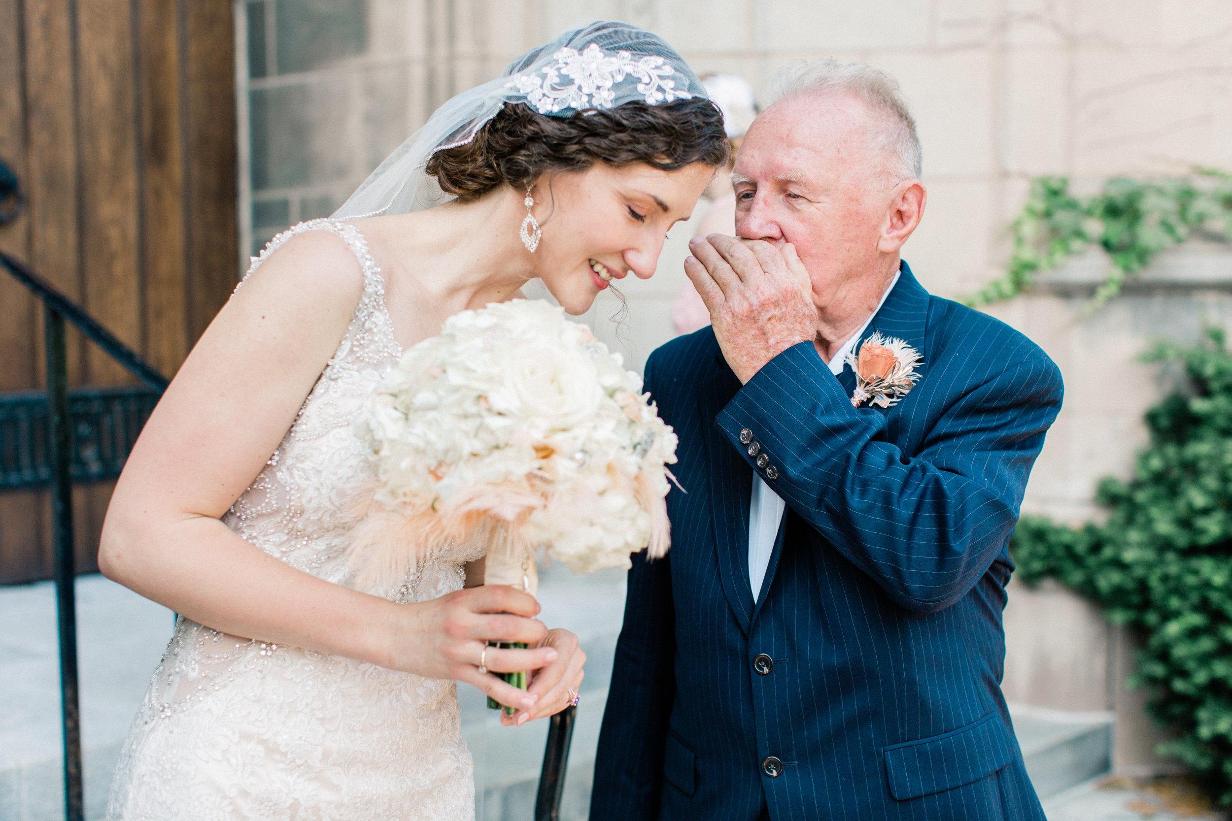 Dorothy_Louise_Photography_University_of_Chicago_Chapel_Wedding-32.jpg