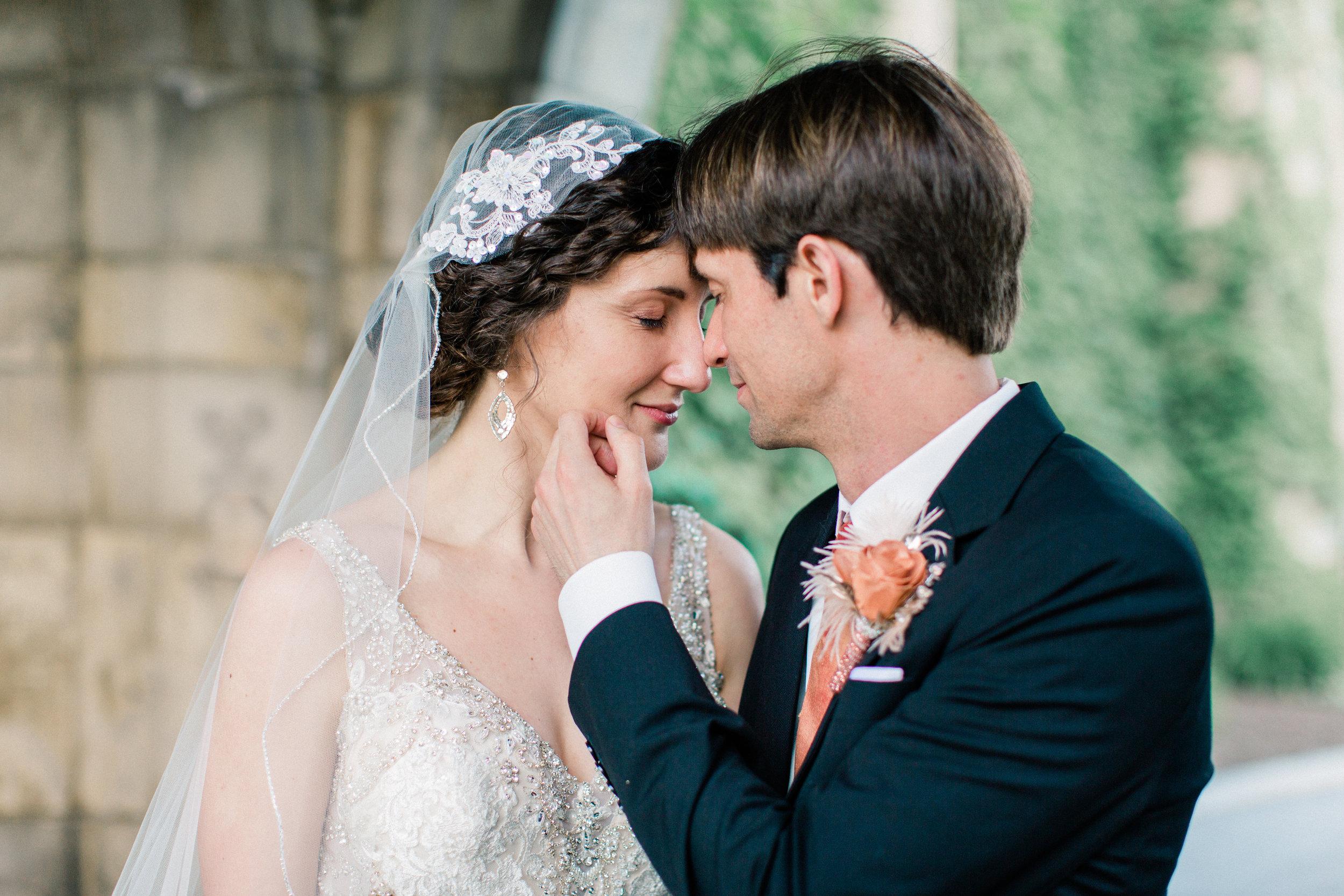 Dorothy_Louise_Photography_University_of_Chicago_Chapel_Wedding-47.jpg
