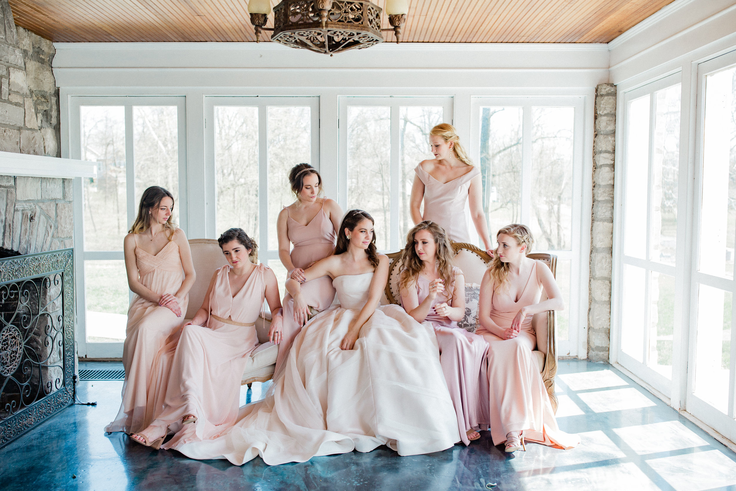 Dorothy_Louise_Photography_Amanda_Ryan_Stone_House_St_Charles_Wedding-9610.jpg