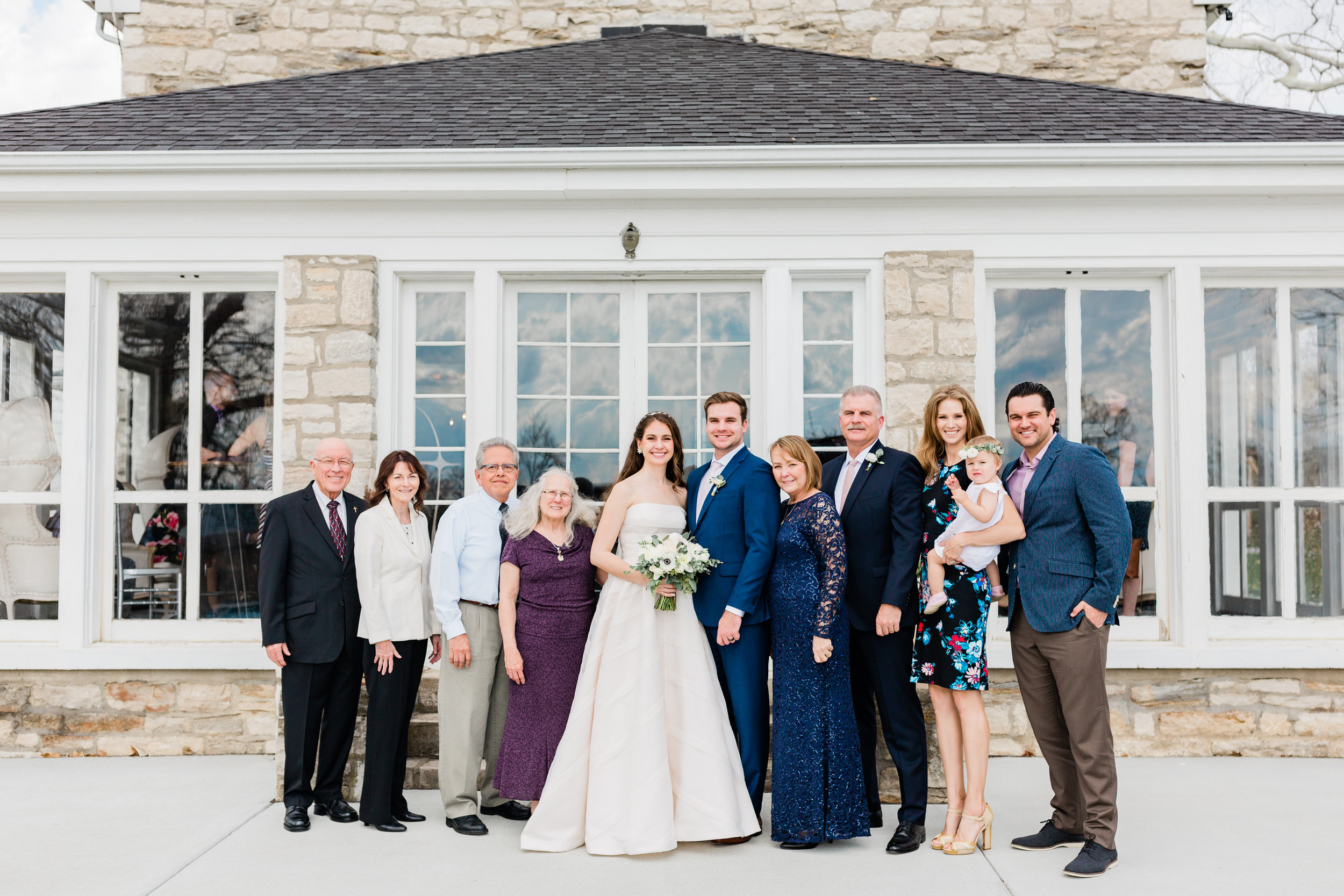 Dorothy_Louise_Photography_Amanda_Ryan_Stone_House_St_Charles_Wedding-9946.jpg