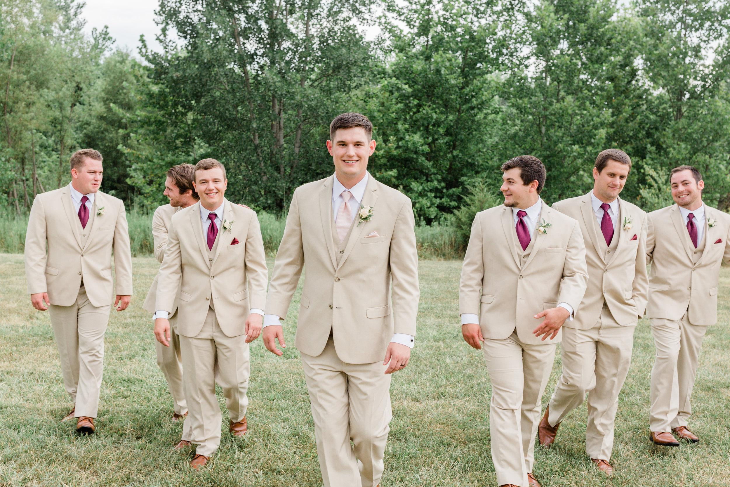 Dorothy_Louise_Photography_Marissa_Jake_Wentzville_MO_Wedding-107.jpg