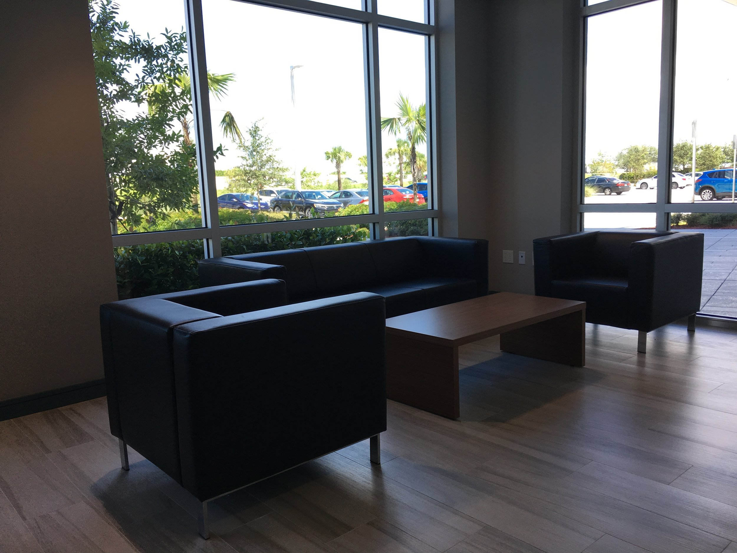 The CEO'S Lounge