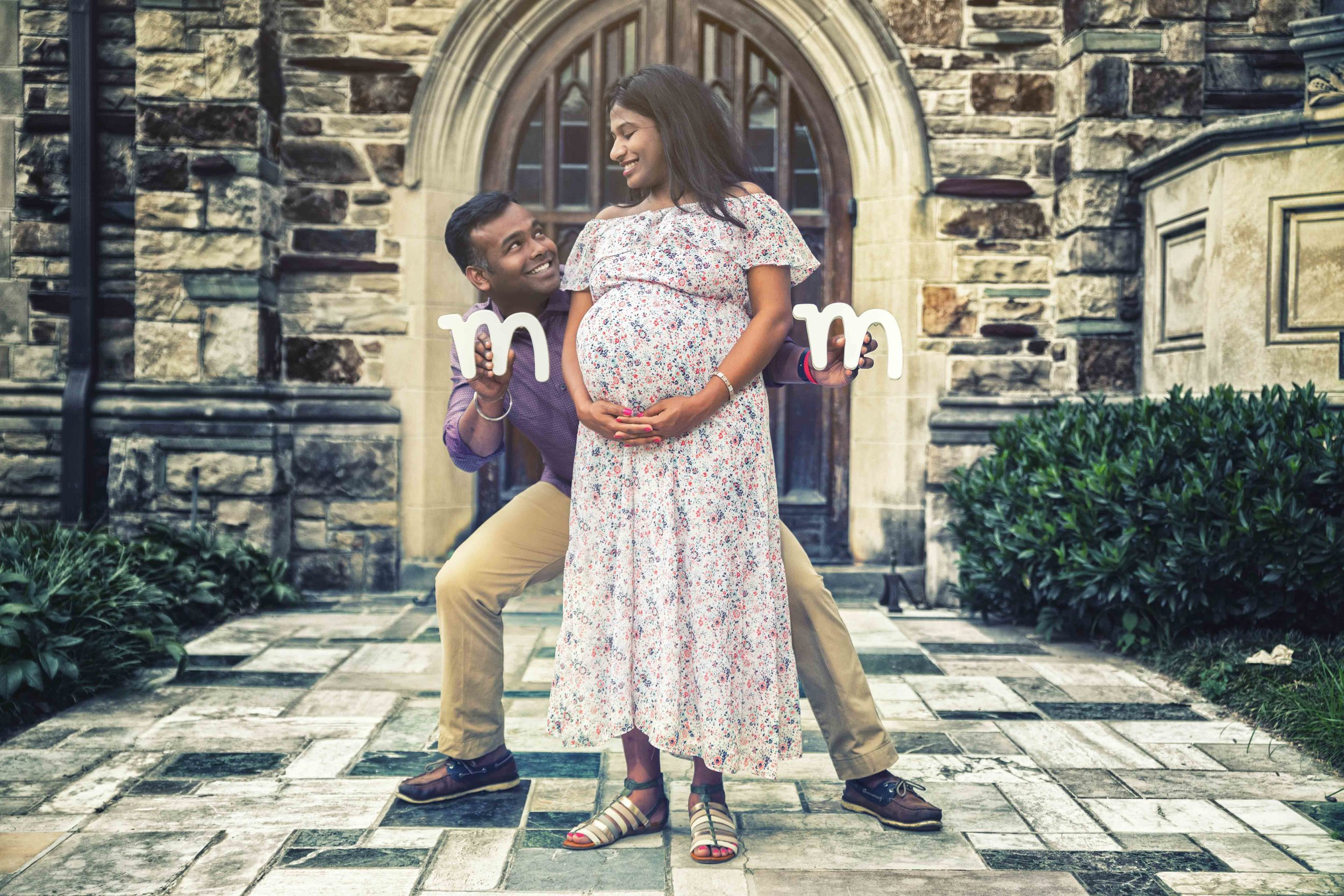 Affordable Maternity Photographer in Memphis.jpg