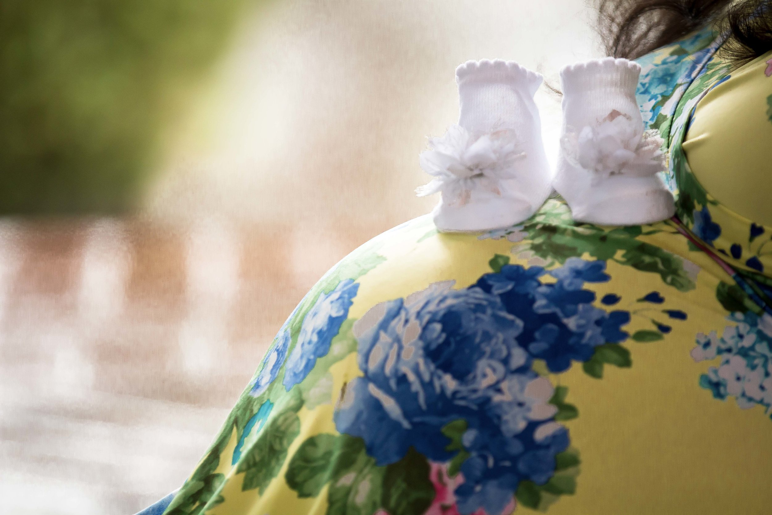 Candid Maternity photographer in Memphis Collierville TN.jpg