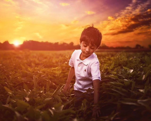 Serenity!  #shootmedash #photographerinmemphis #photographerincollierville #kidsportraits #kidportrait #shelbyfarms #shelbyfarmsparkbook #agricenter #agricentermemphis #dreamykids #dreamylook #kidsareawesome #portraitphotography #candidportrait #serenity #sunset