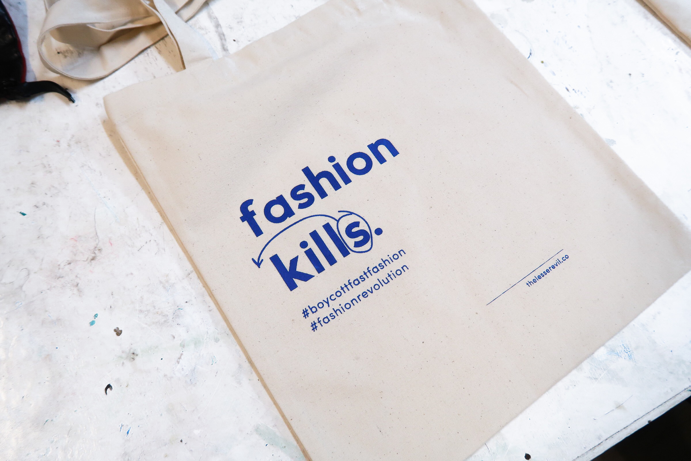 quit fast fashion - Let's spread the message!