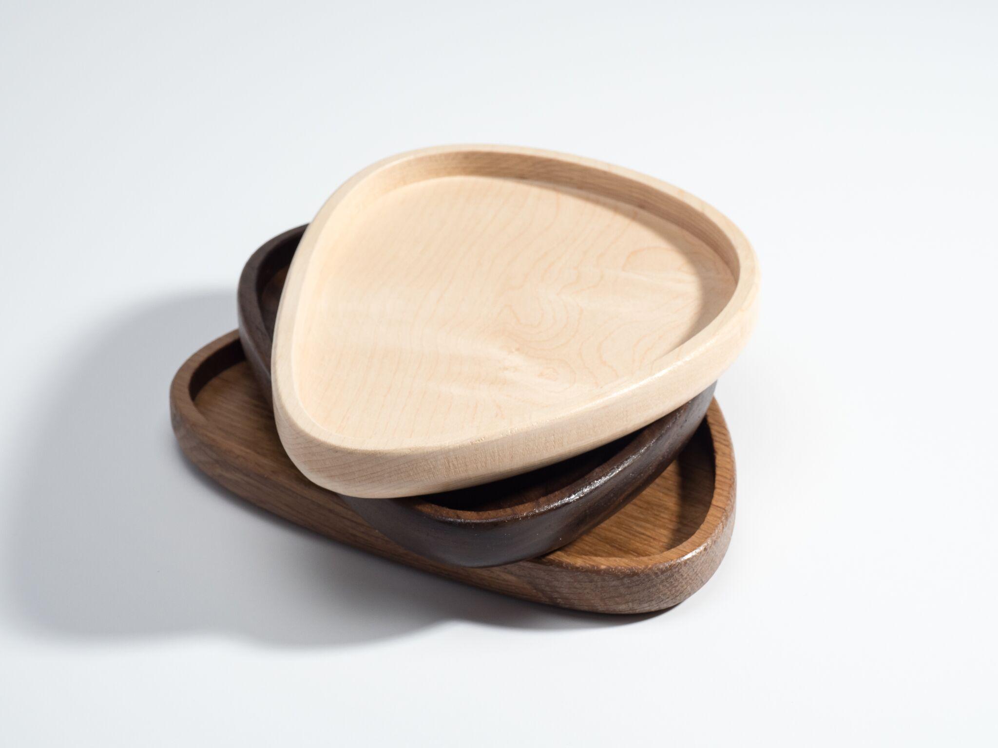 pebble-serving-tray-maple.jpeg