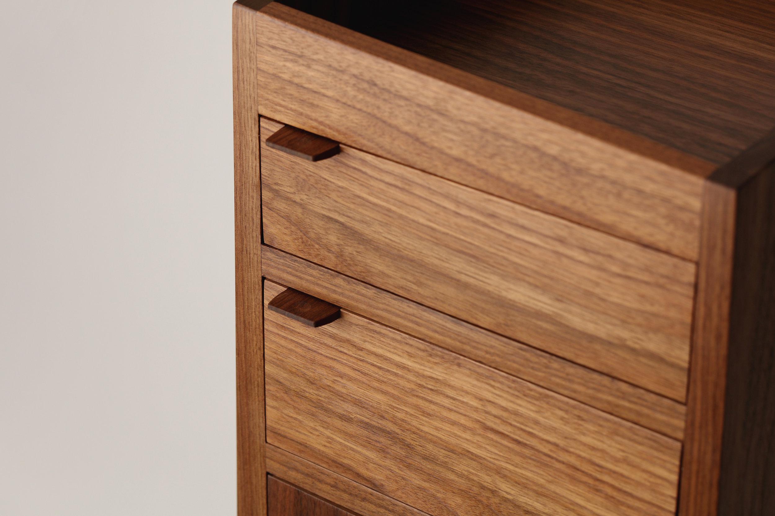 1J4A7809-drawers-cu.jpg