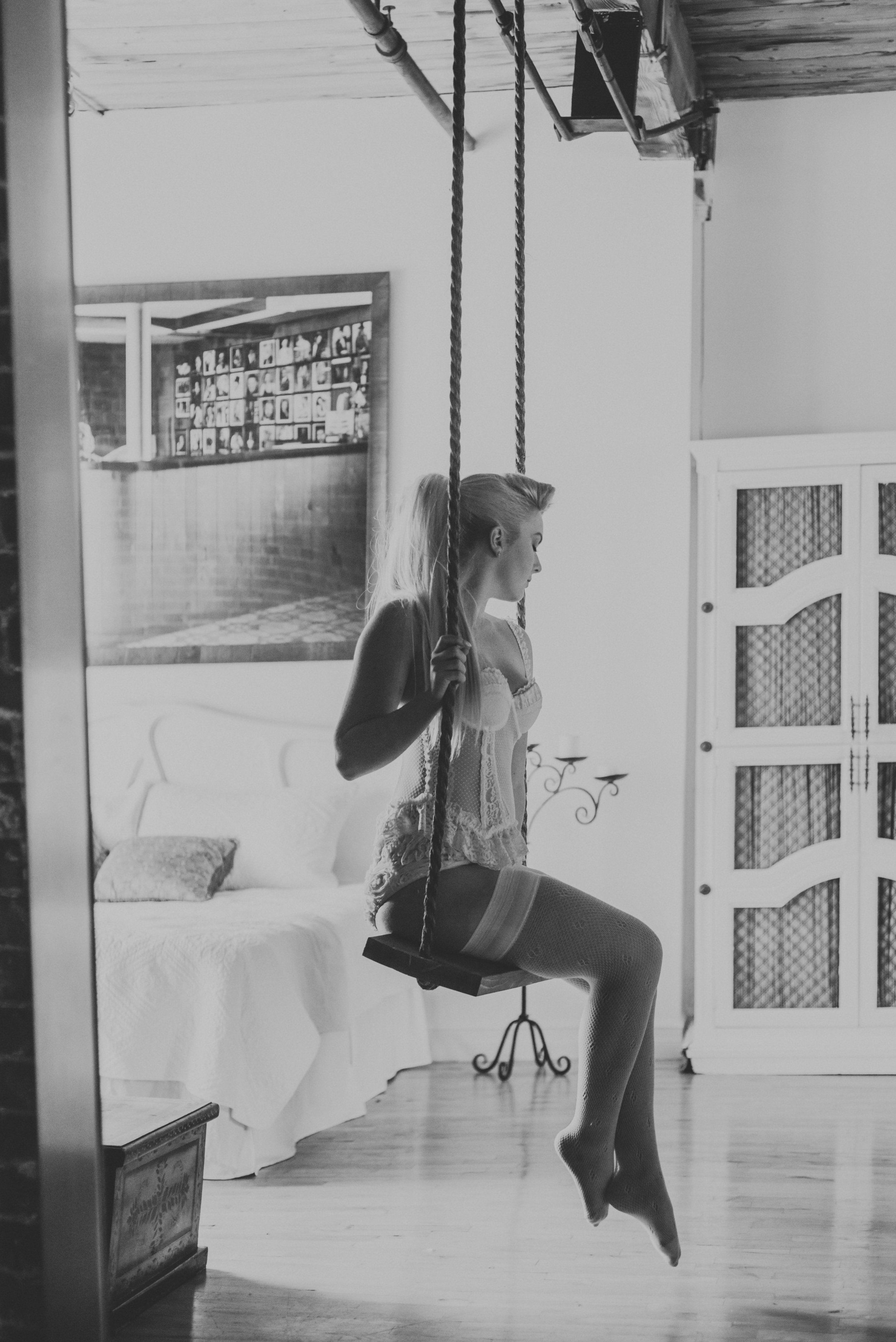 Airbnb-girls-7.jpg