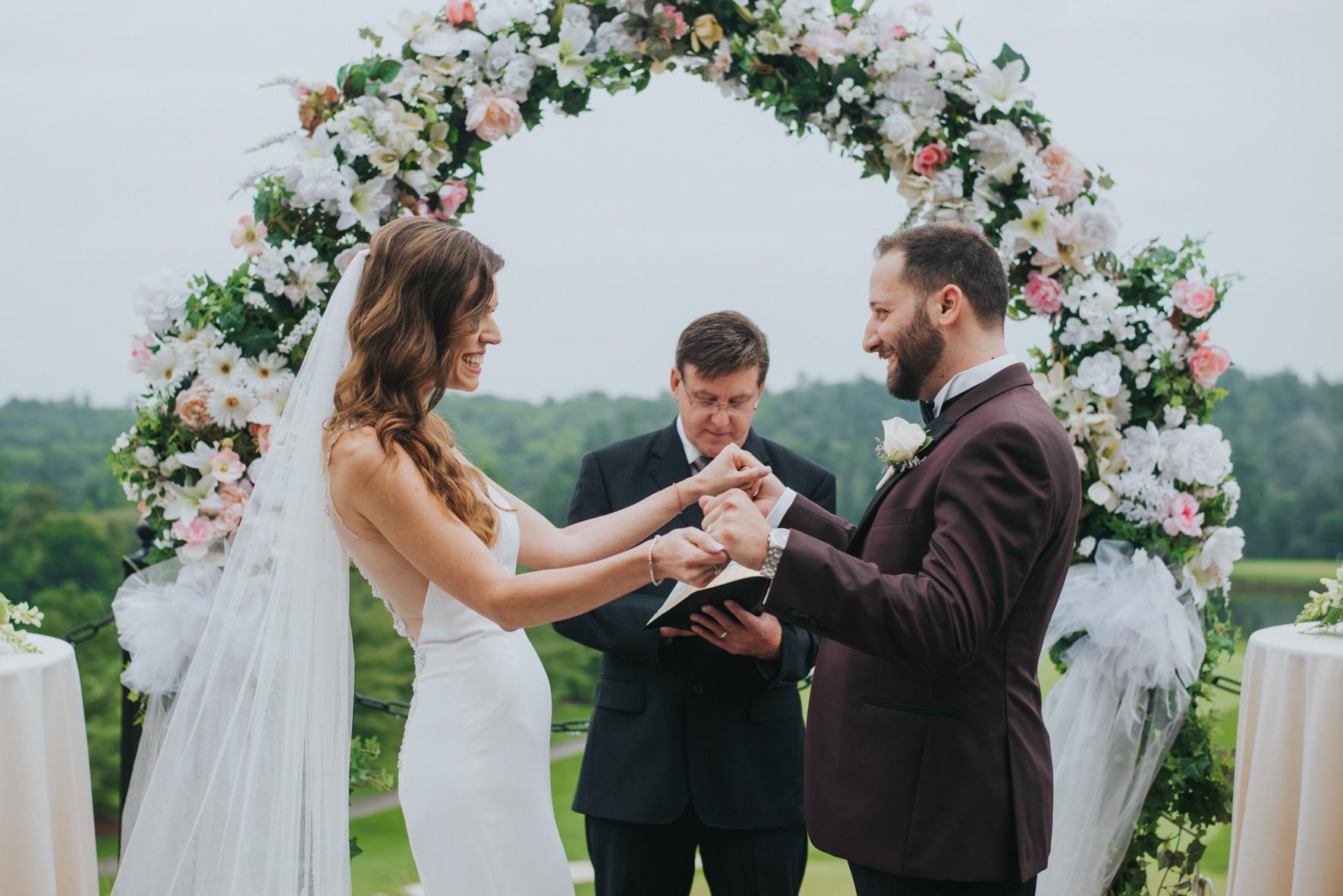sandy-jana-copper-creek-golf-club-slovak-wedding-toronto-scandaleuse-photography-weddings-18.jpg