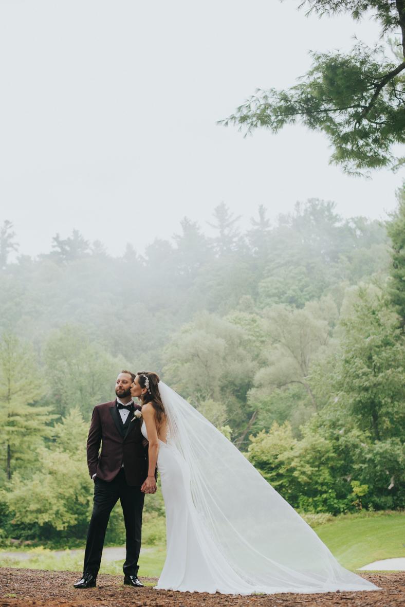 sandy-jana-copper-creek-golf-club-slovak-wedding-toronto-scandaleuse-photography-weddings-24.jpg