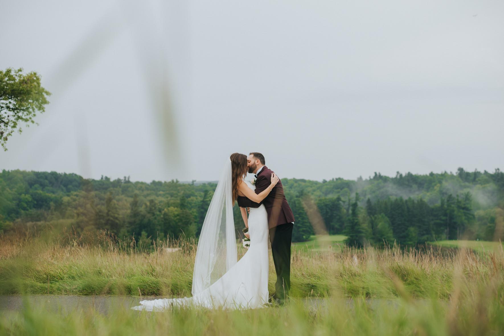 sandy-jana-copper-creek-golf-club-slovak-wedding-toronto-scandaleuse-photography-weddings-30.jpg