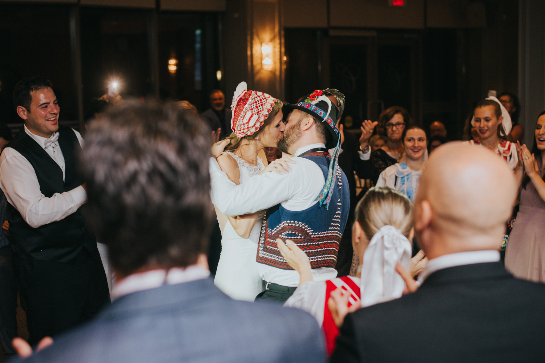 sandy-jana-copper-creek-golf-club-slovak-wedding-toronto-scandaleuse-photography-weddings-44.jpg