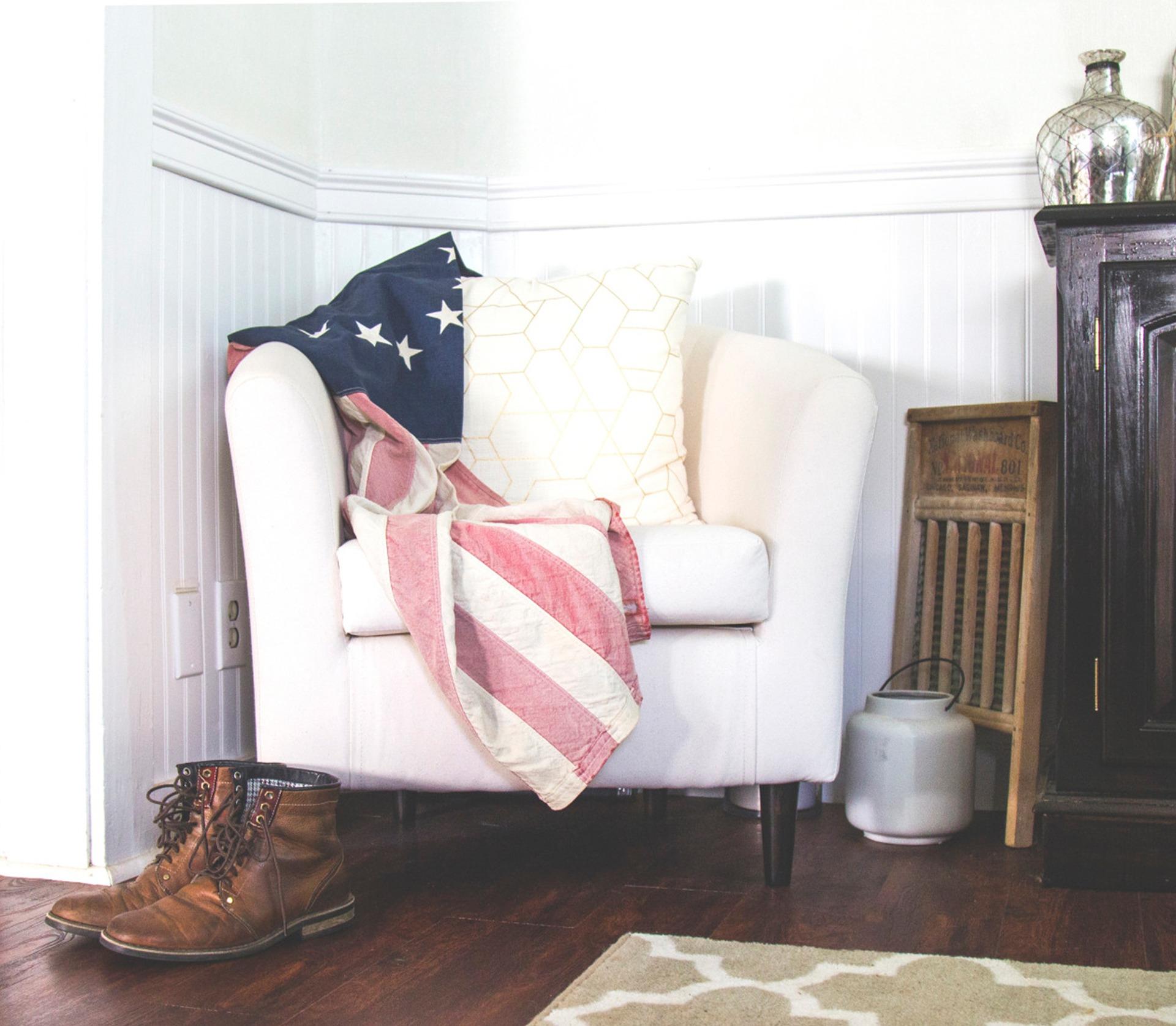 A little Americana decor is alwasy a good idea.